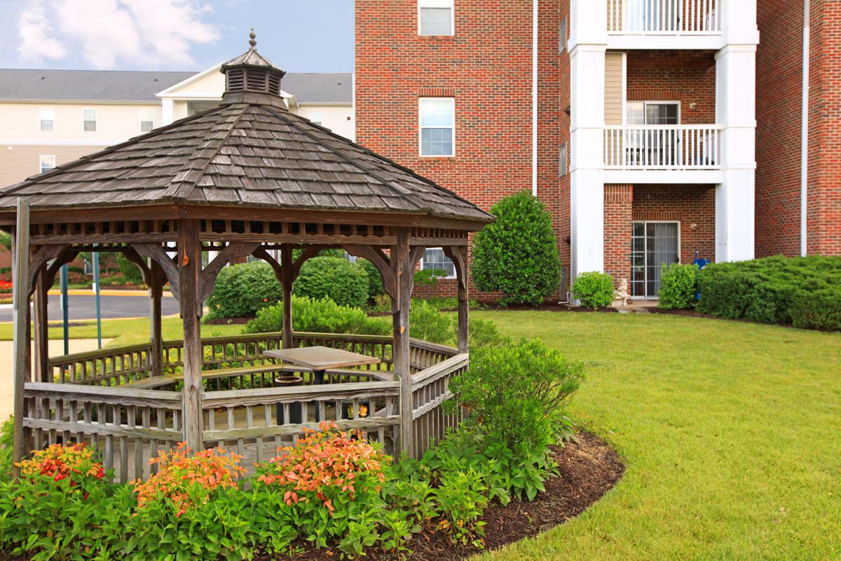 Manchester Lakes Senior Apartment Homes Alexandria Va