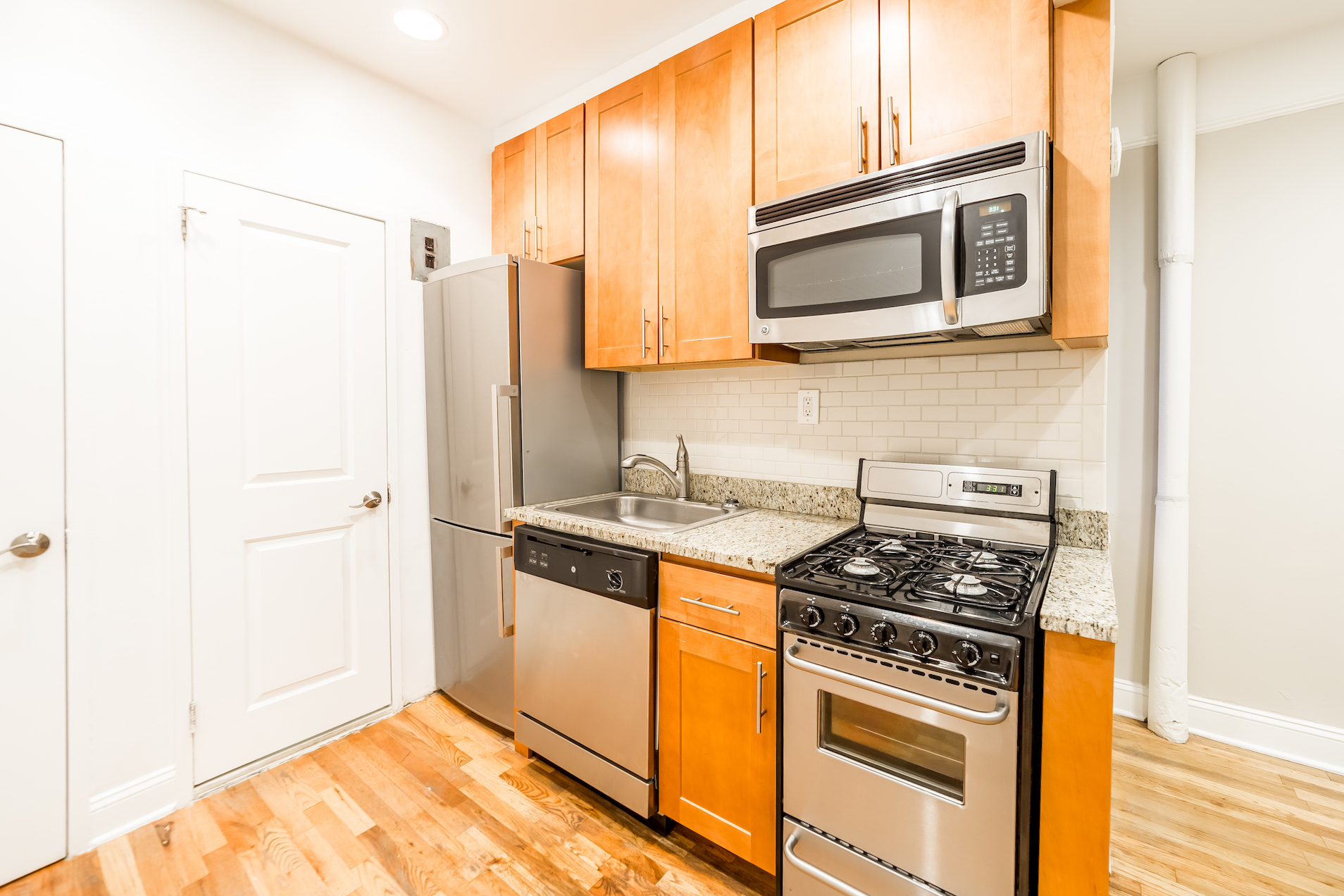 Bed bath and beyond watertown ny - Very Cool Neighborhood Close To N Q R 4 5 6 Trains Bed Bath Beyond And Many Super Markets And Great Shopping Are All Close By No Fee