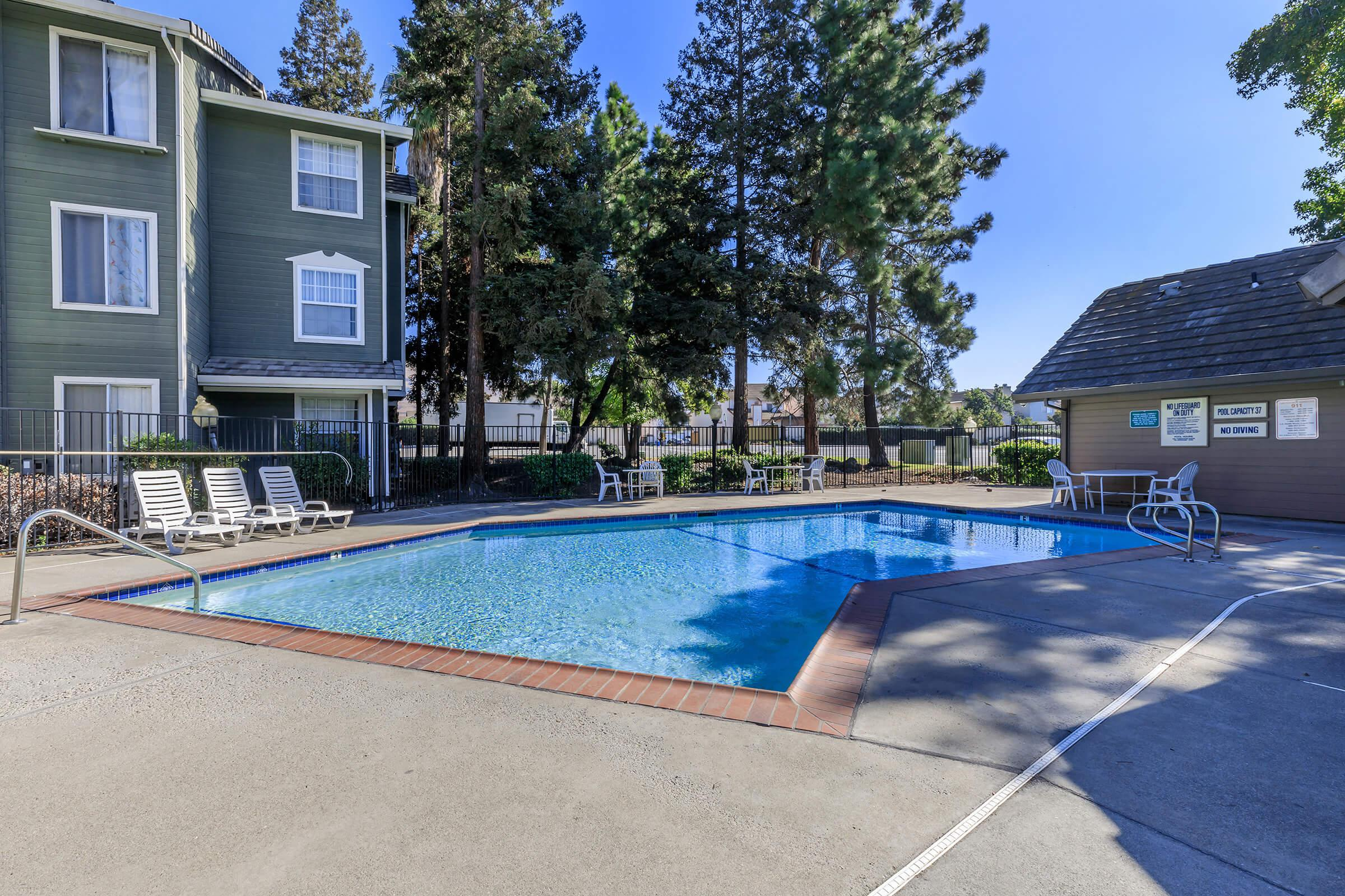 Pool at Victorian Square in Milpitas CA