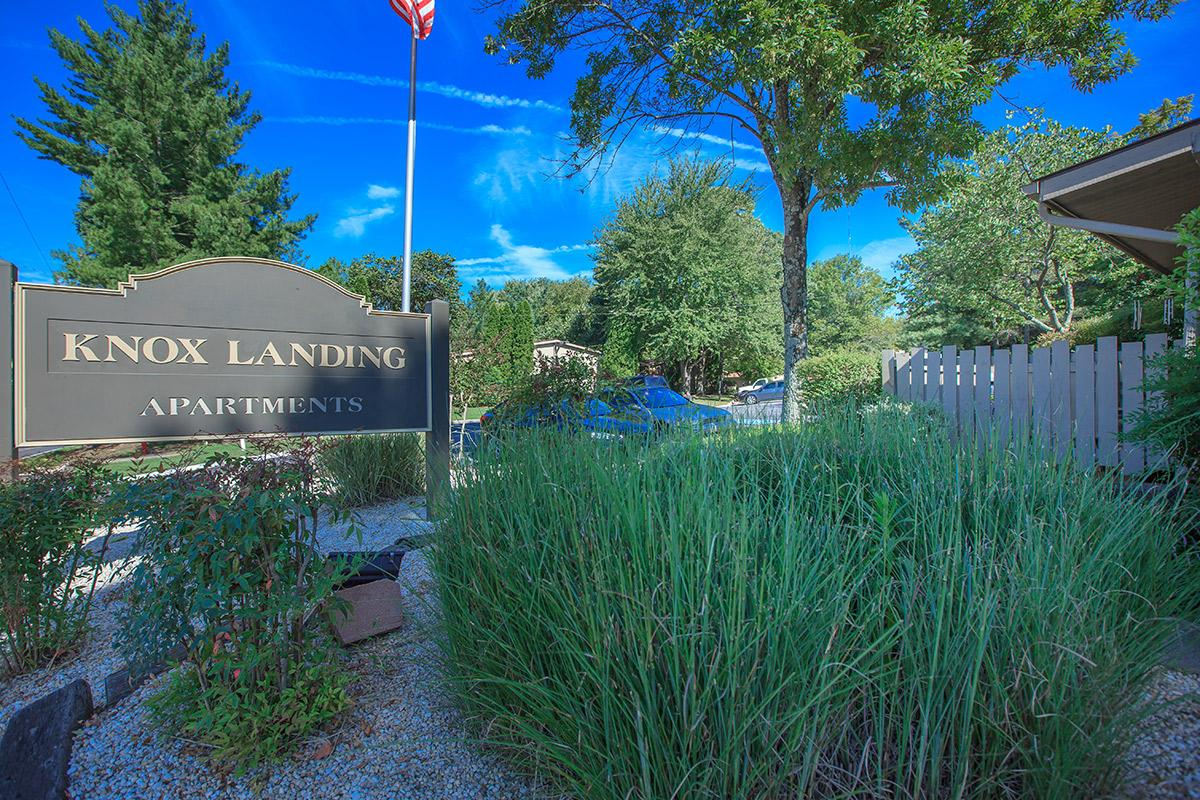 The Knox Landing Monument Sign