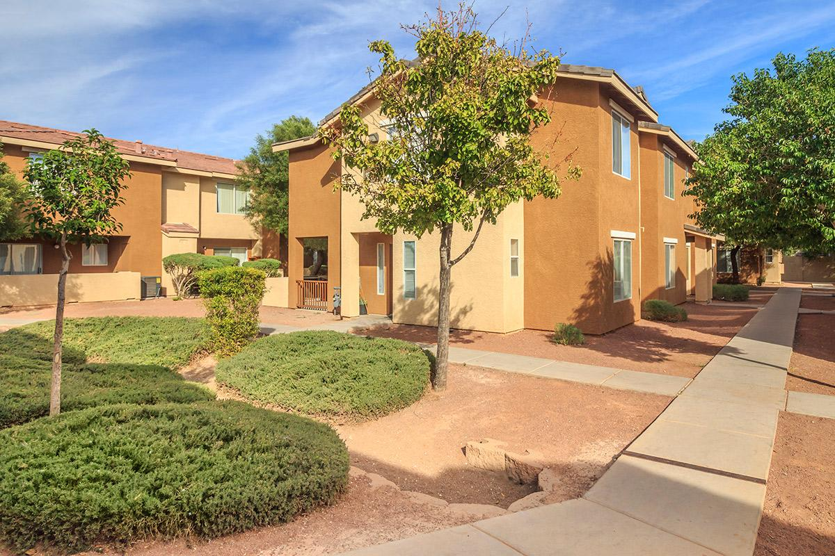Siena Townhomes provides beautifully landscaped grounds