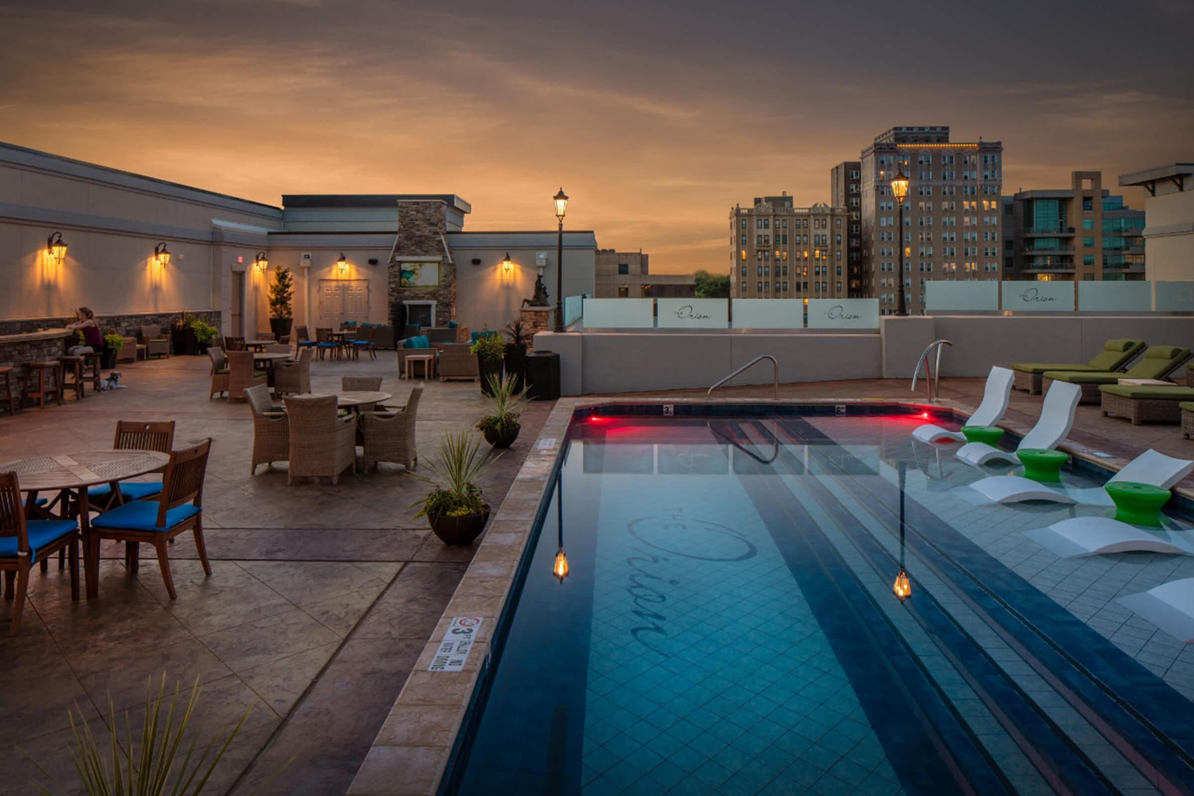 The Orion Apartments in Central West End - St. Louis, MO - Rooftop Swimming Pool 03 (1280x853).jpg