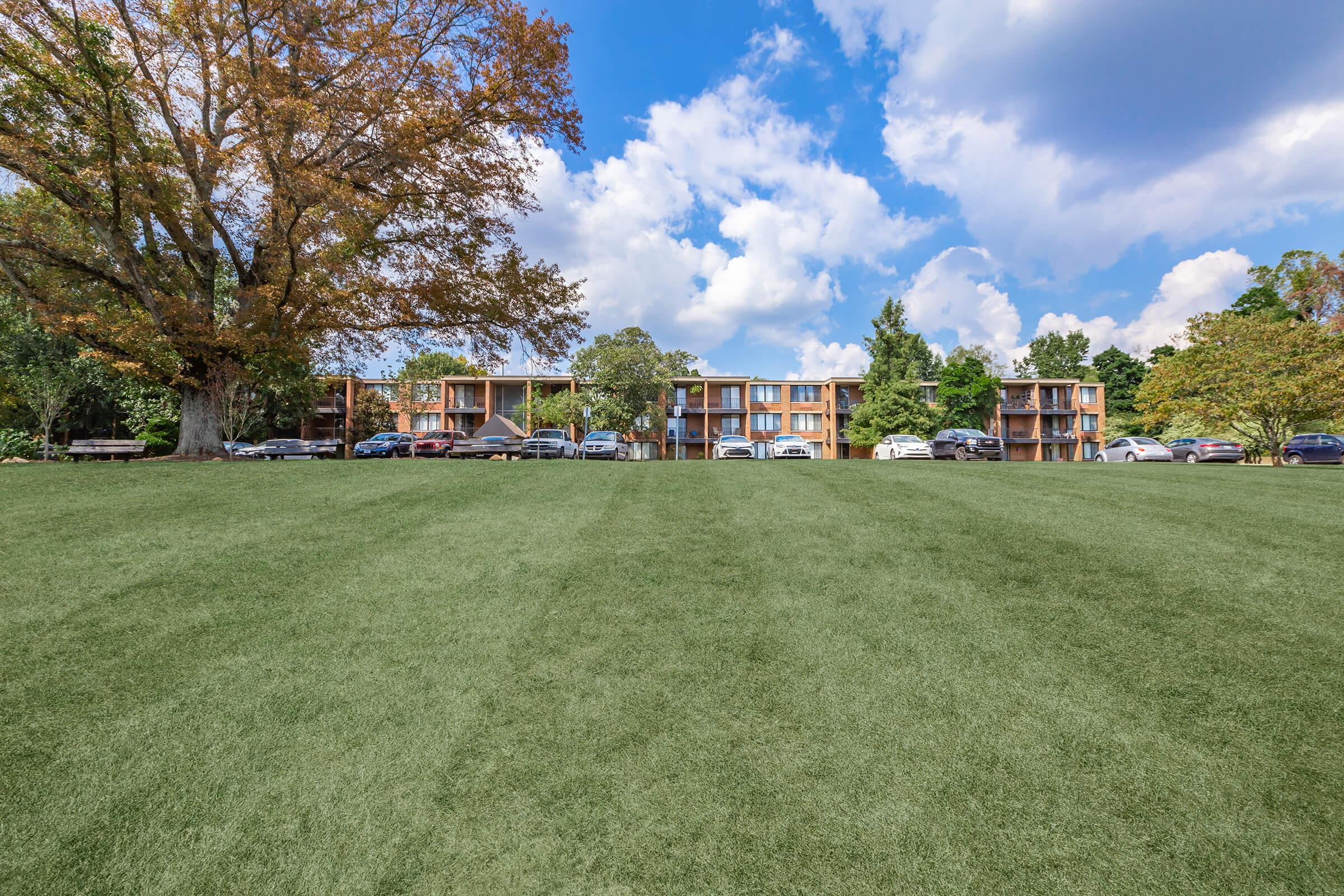1 AND 2 BEDROOM APARTMENTS FOR RENT IN KNOXVILLE, TENNESSEE