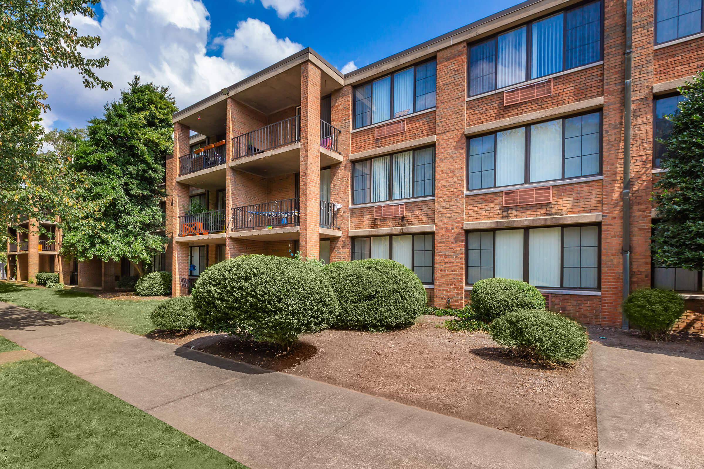 ONE BEDROOM APARTMENT HOMES FOR RENT IN KNOXVILLE, TENNESSEE