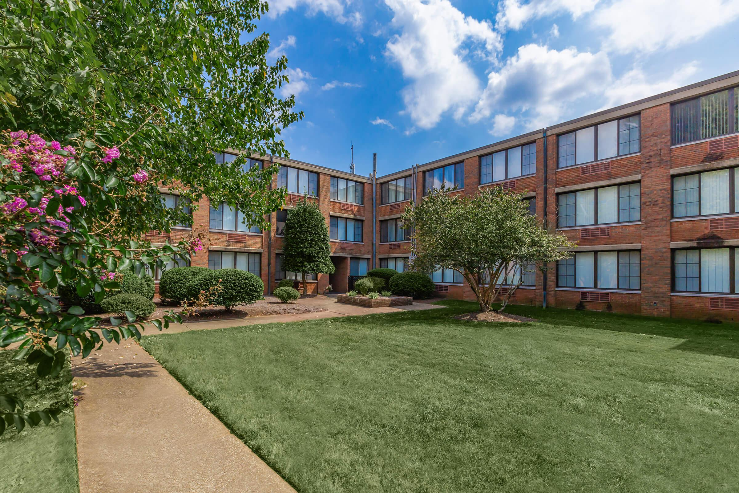 ONE BR APARTMENT HOMES FOR RENT IN KNOXVILLE, TN