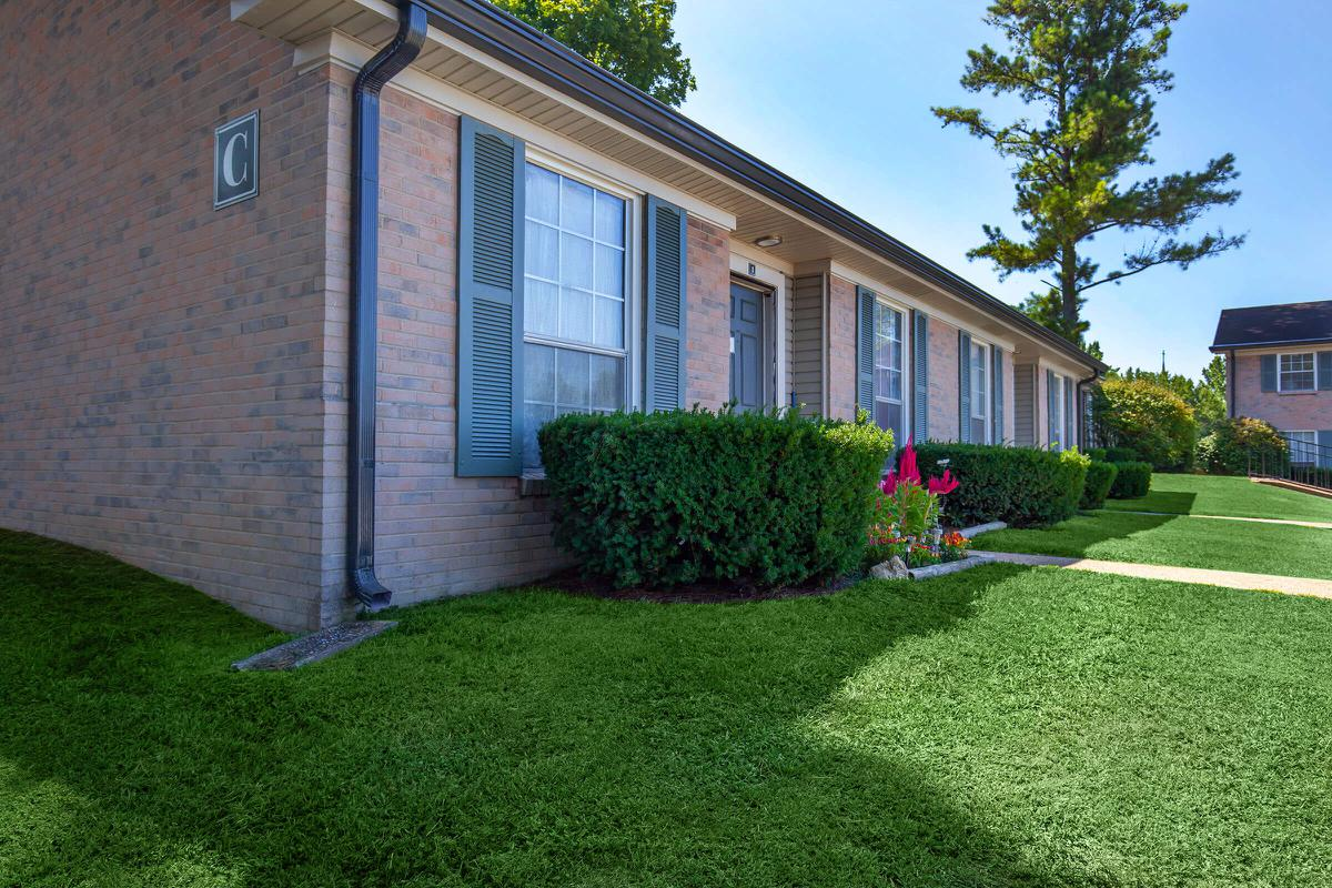 Two or Three Bedroom Townhomes in Columbia, TN
