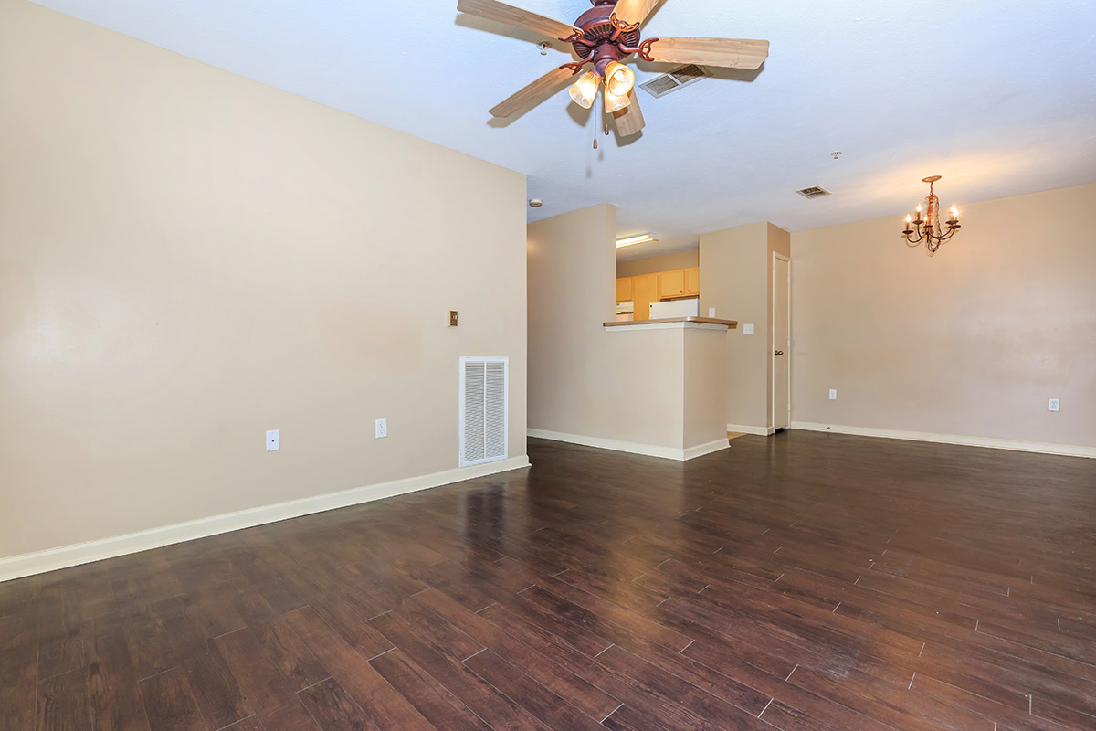Apartment Amenities. Sawgrass Park   Apartments in Gulfport  MS