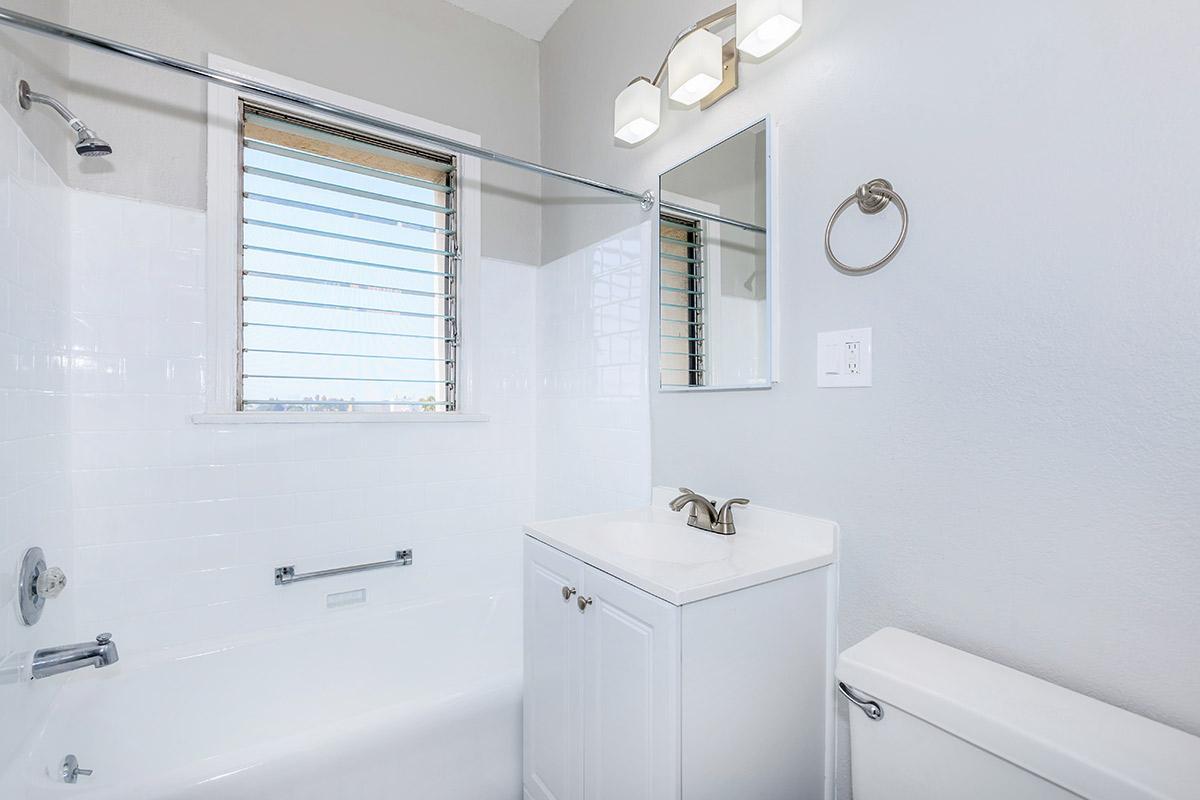 Bright modern bathroom at Ancelle