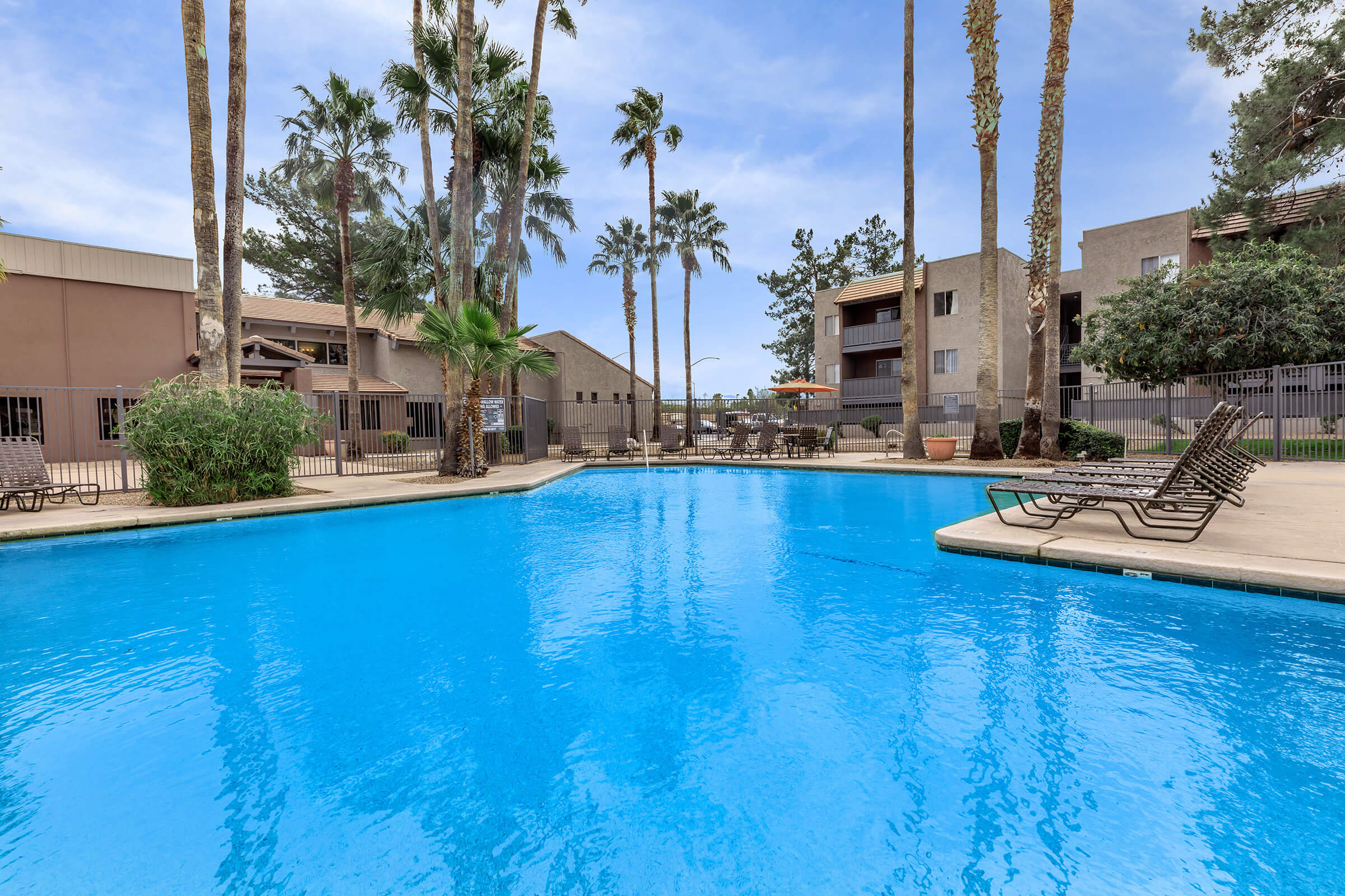 Tanque Verde Apartments Apartment Homes In Tucson AZ - Masse pool table
