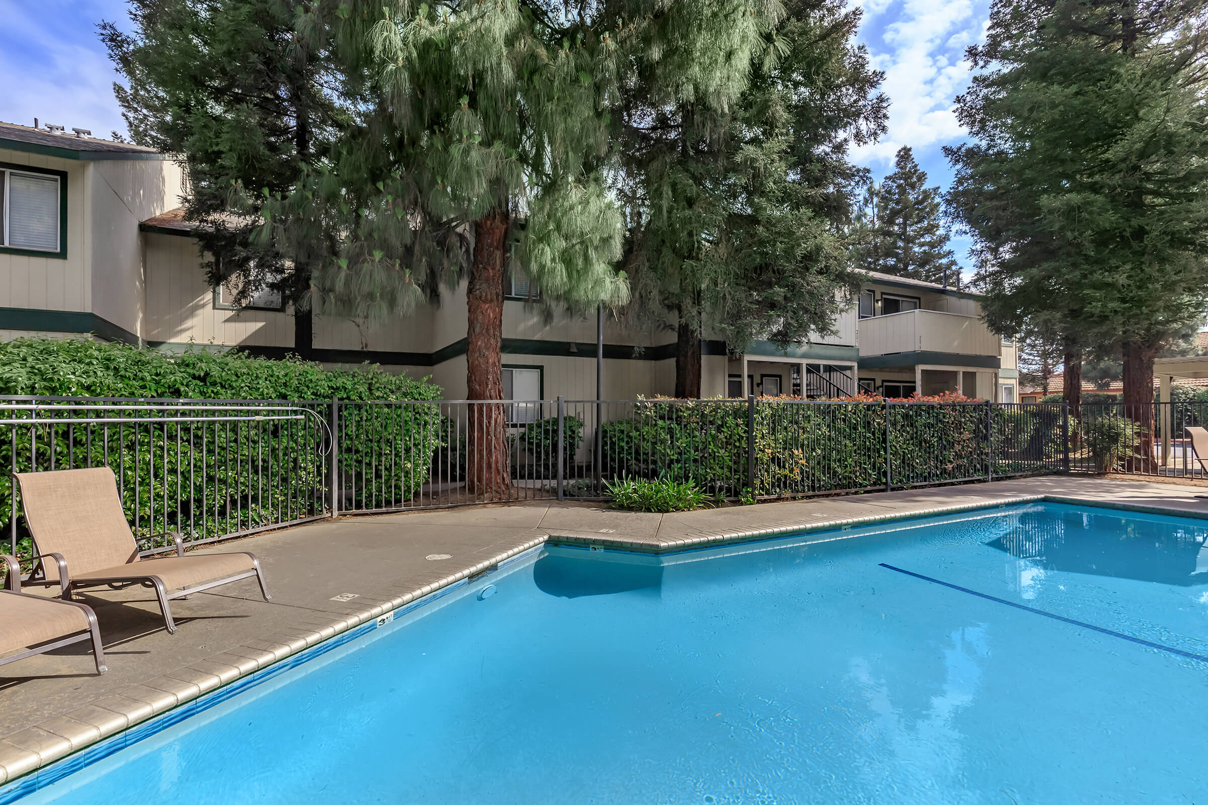 Picture of Sequoia Knolls Apartments