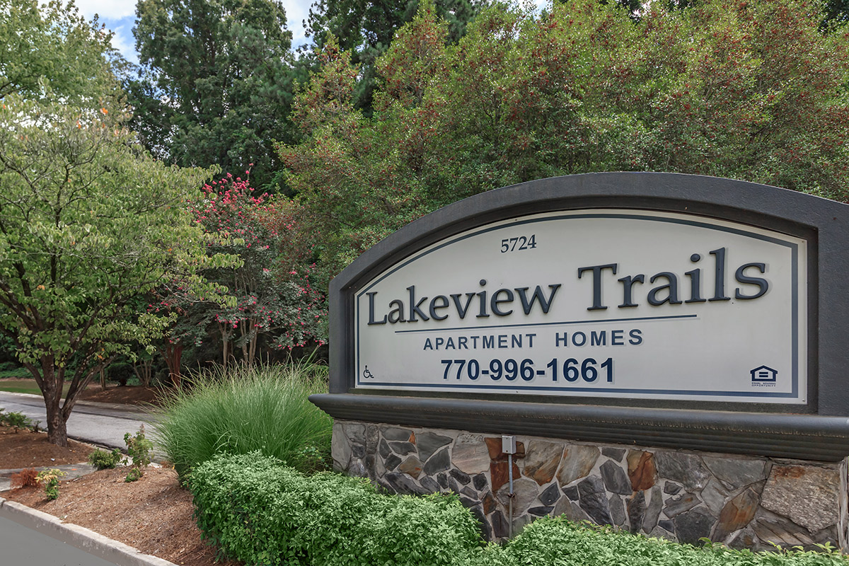 Lakeview Trails