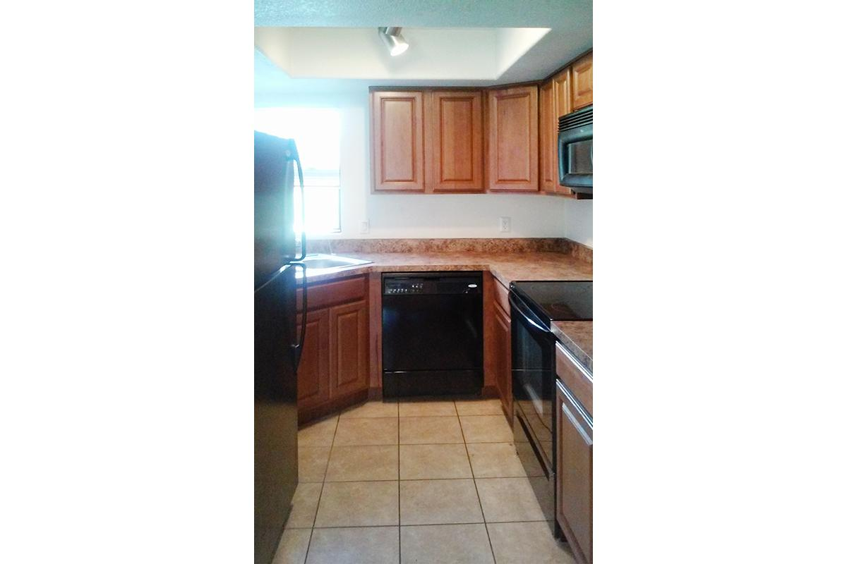 3 bedroom apartments in milwaukee best home design and city green apartments new land enterprises llp bedroom
