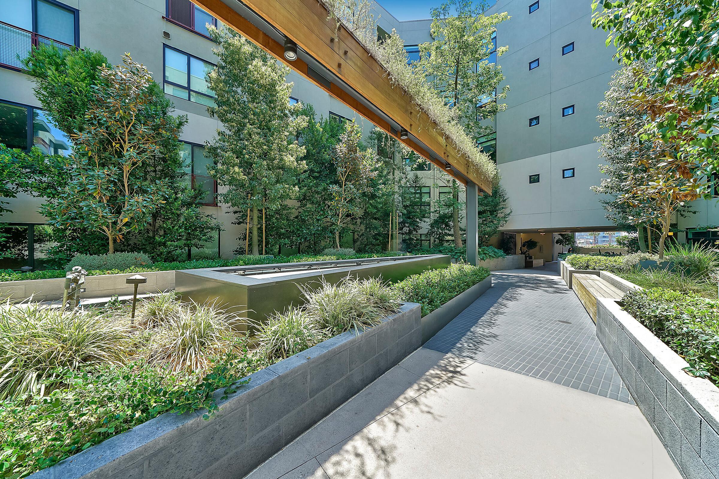 Eastown Apartments walkway between community buildings