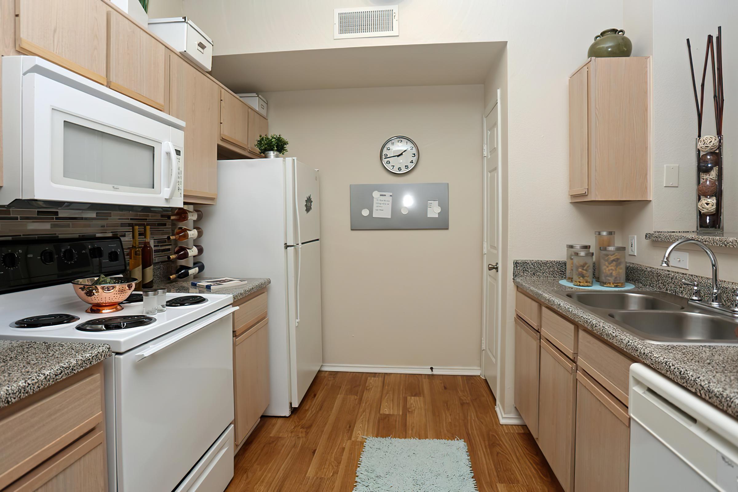 kitchen2x2-width-2400px.png