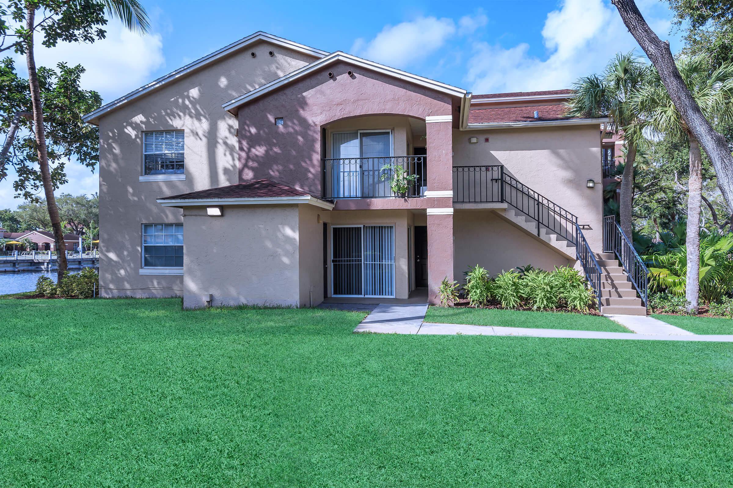 Landscaping at Latitude Pointe Apartments in Boynton Beach, Florida