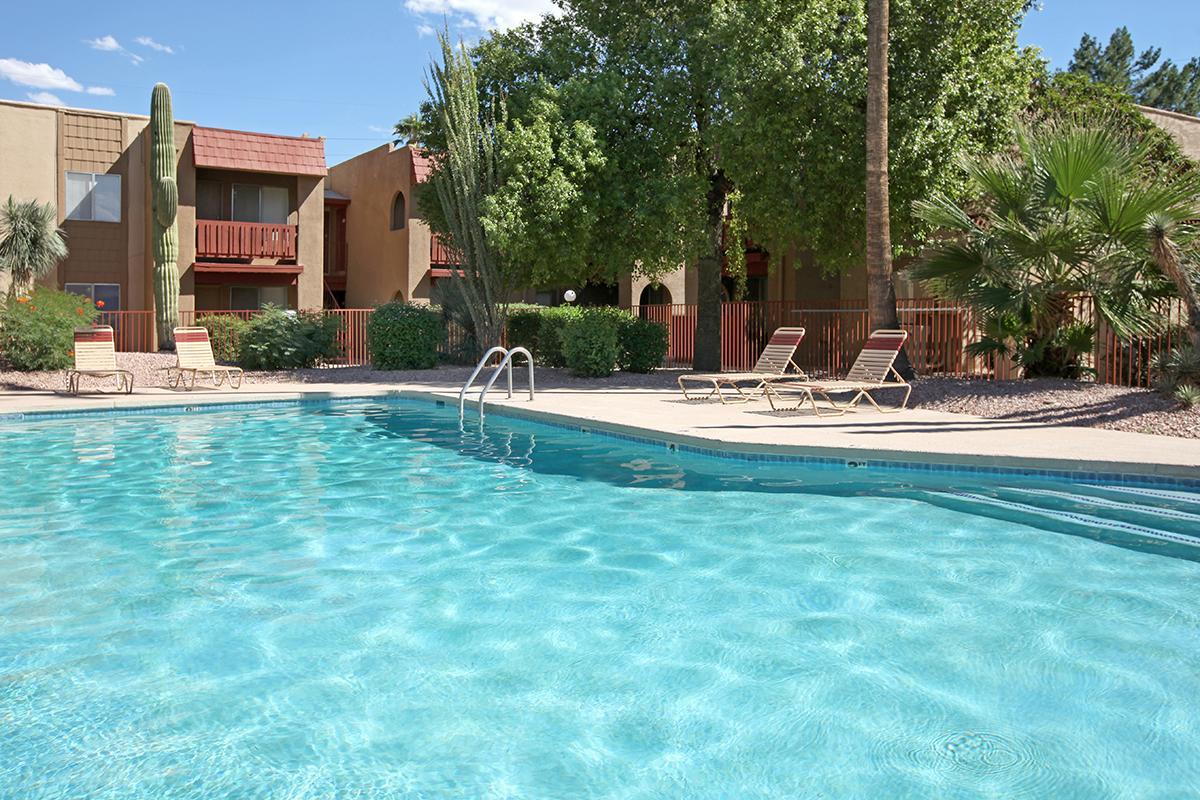 Pool b