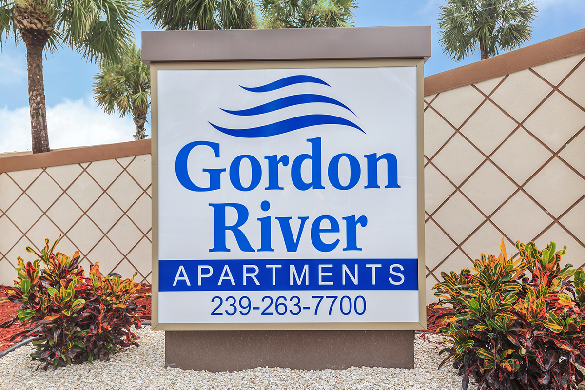 Gordon River Apartments