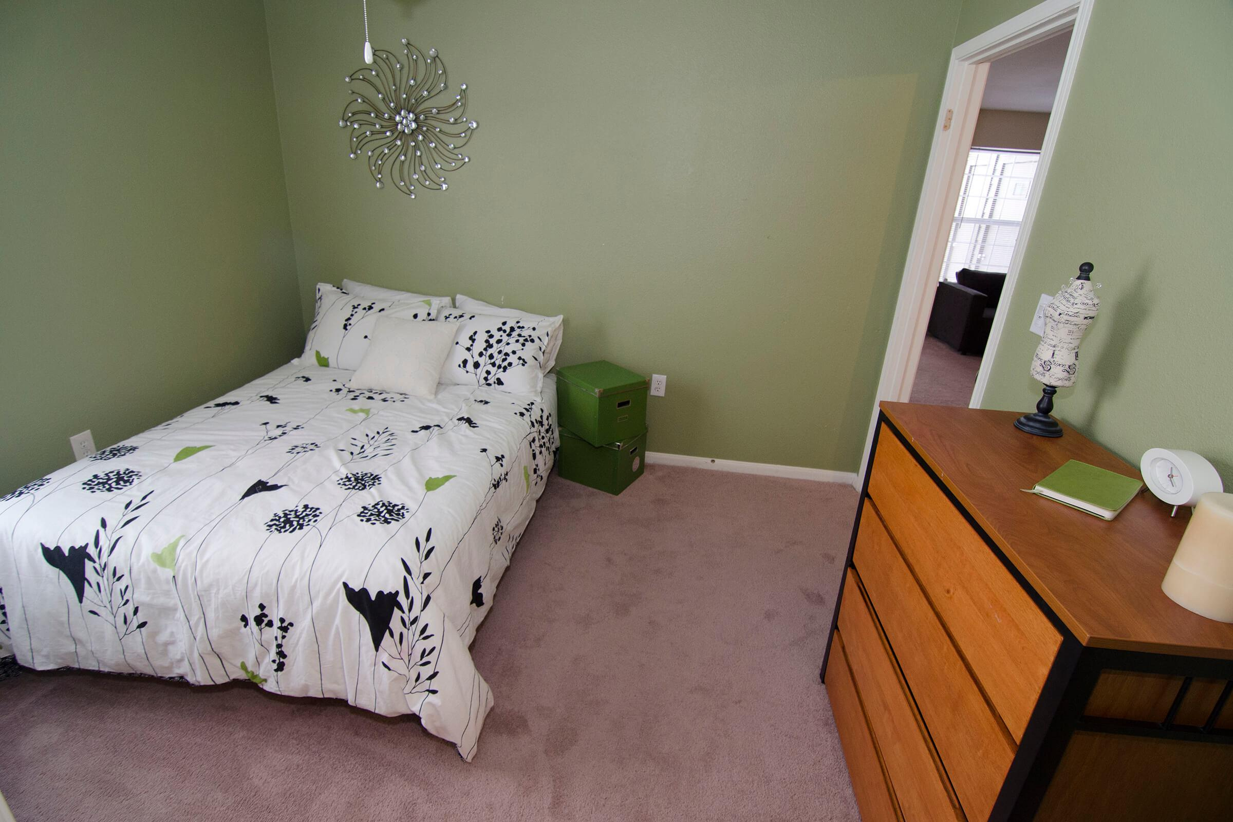 BEAUTIFULLY DESIGNED BEDROOM
