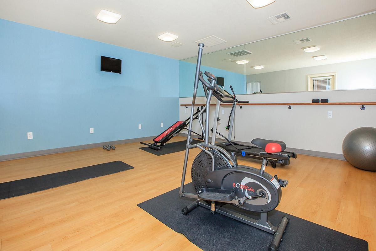 Toscana Apartment Homes features a fitness center