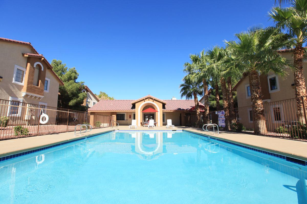 Toscana Apartments has a pool