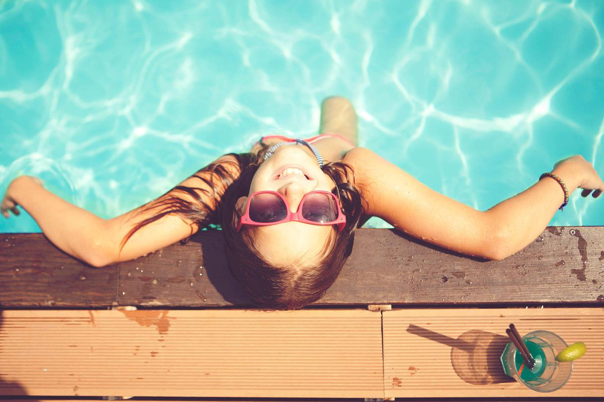 girl-relaxing-in-pool-iStock-512729242.jpg