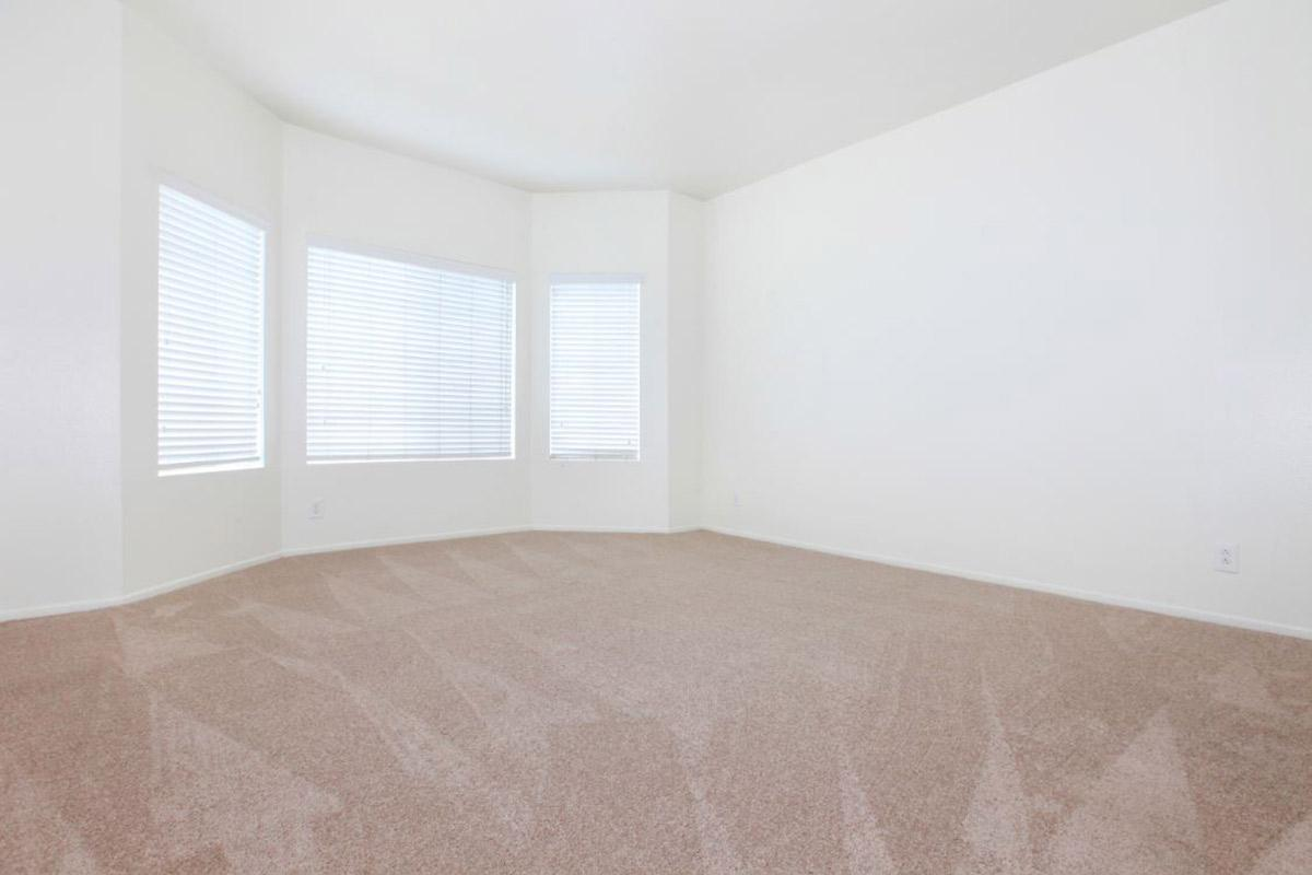 Sago.Bedroom.jpg