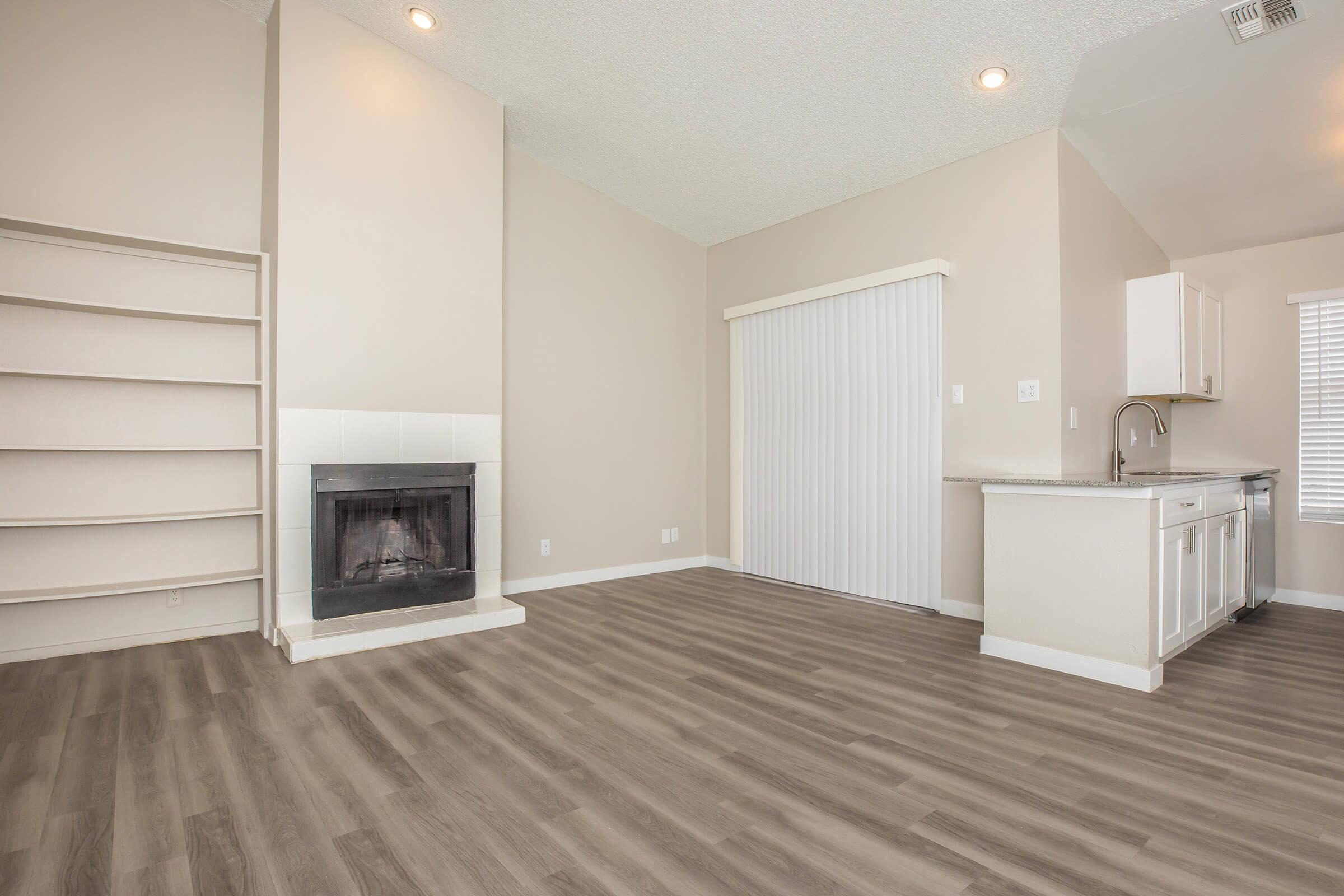 TIDES AT CHANDLER HAS OPEN FLOOR PLANS