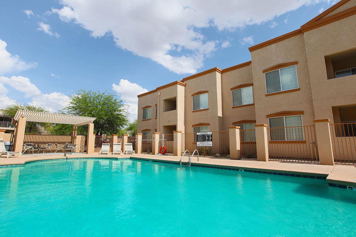 Mountain Ridge Apartments Tucson