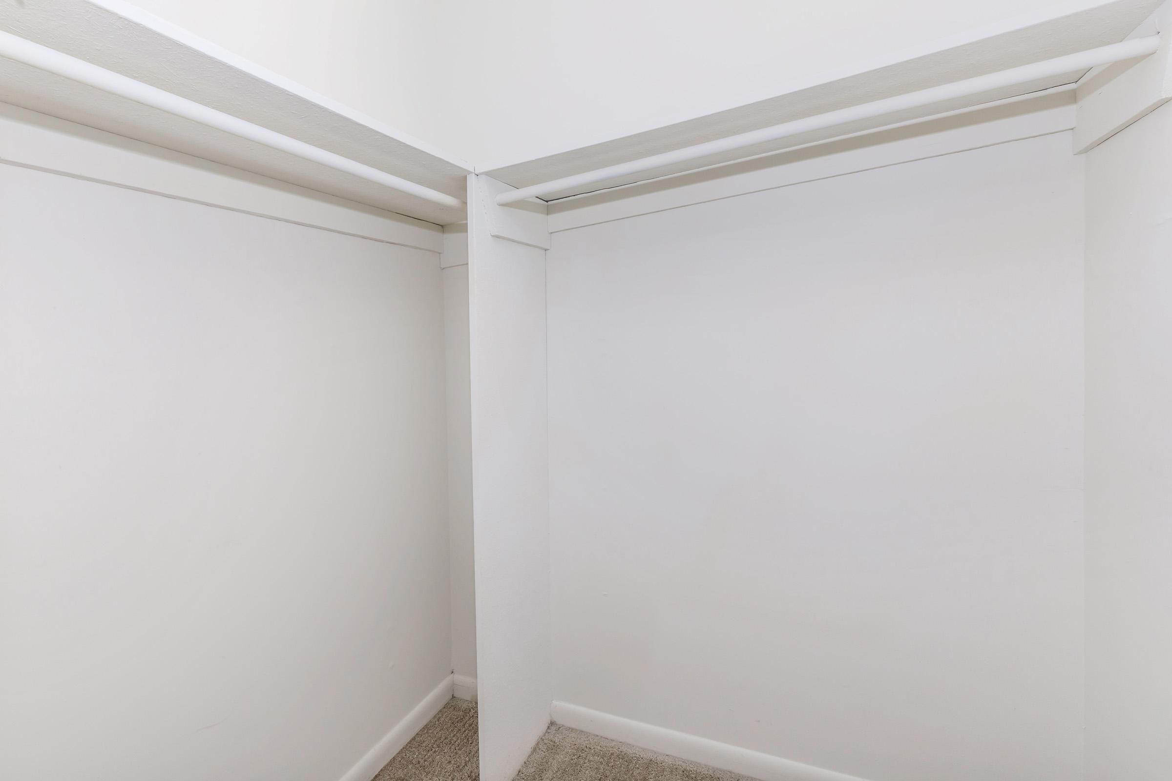 Spacious walk-in closts