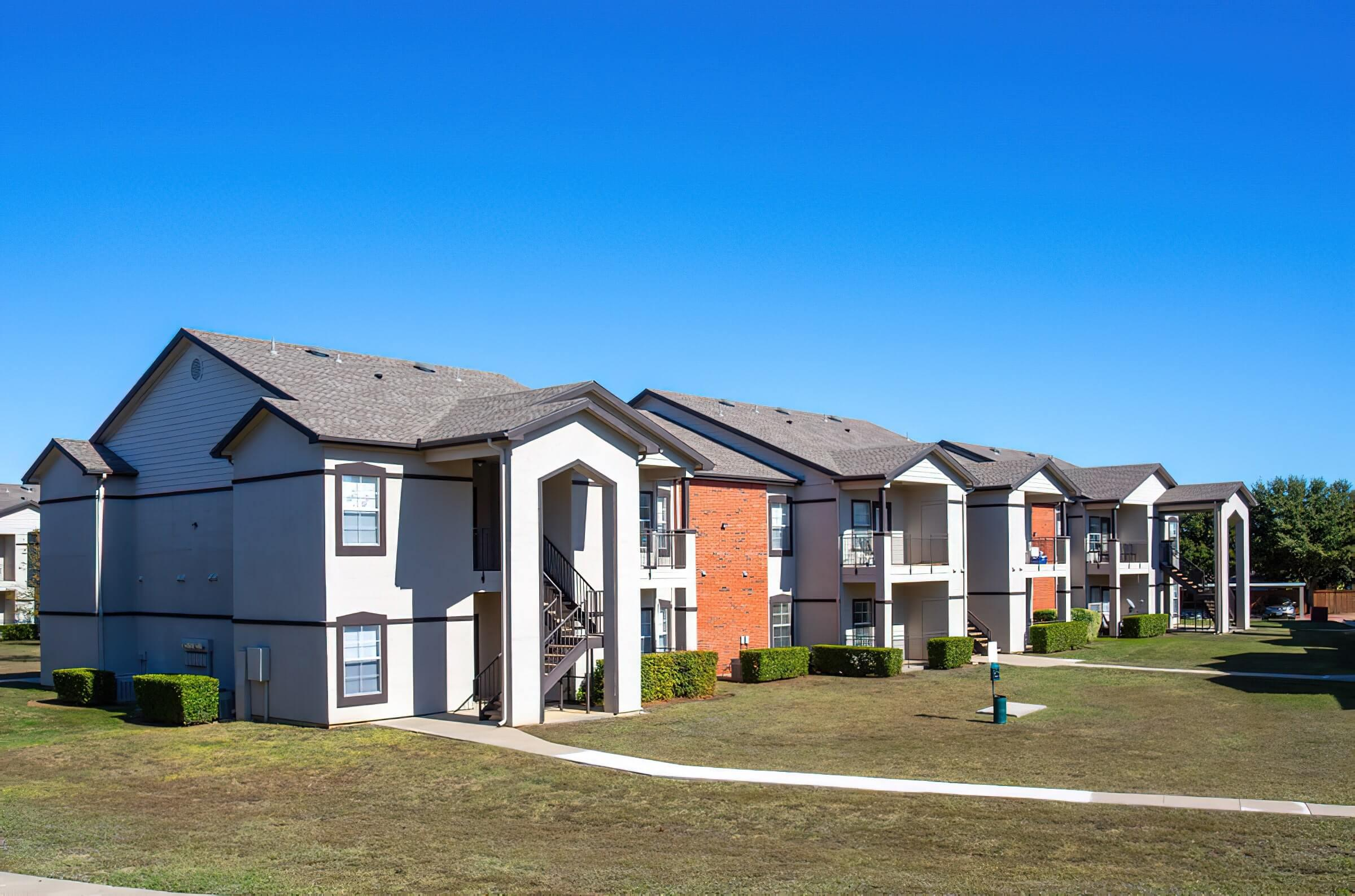 WELCOME HOME TO COOPER GLEN APARTMENTS