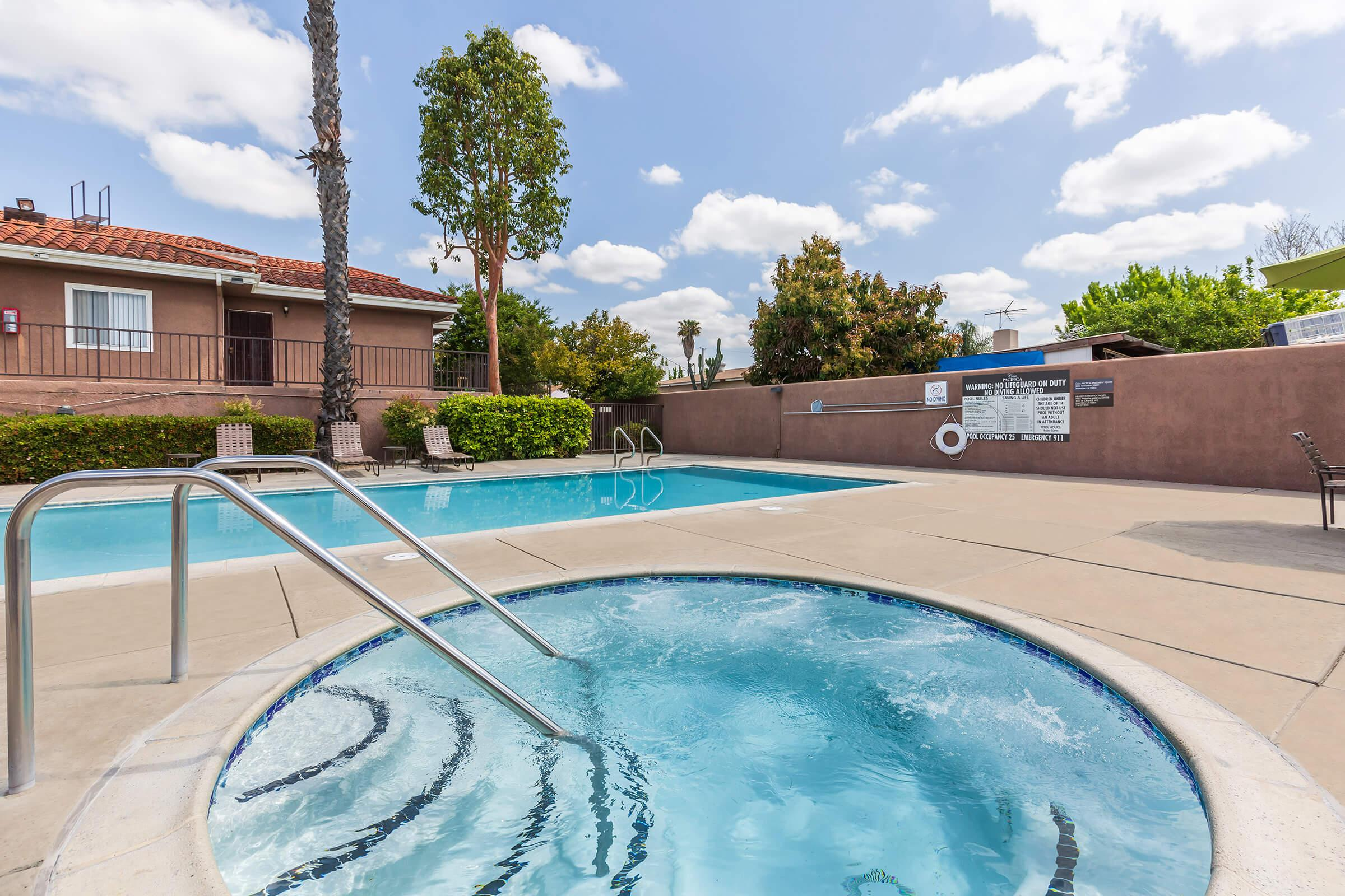 Casa Pacifica Apartment Homes community spa and pool