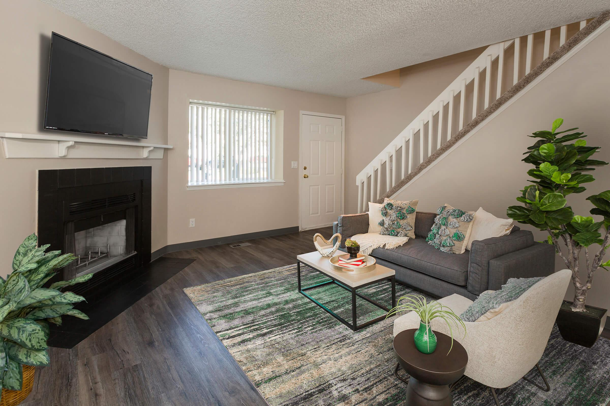 SPACIOUS FLOOR PLANS AT WOODSIDE APARTMENT HOMES
