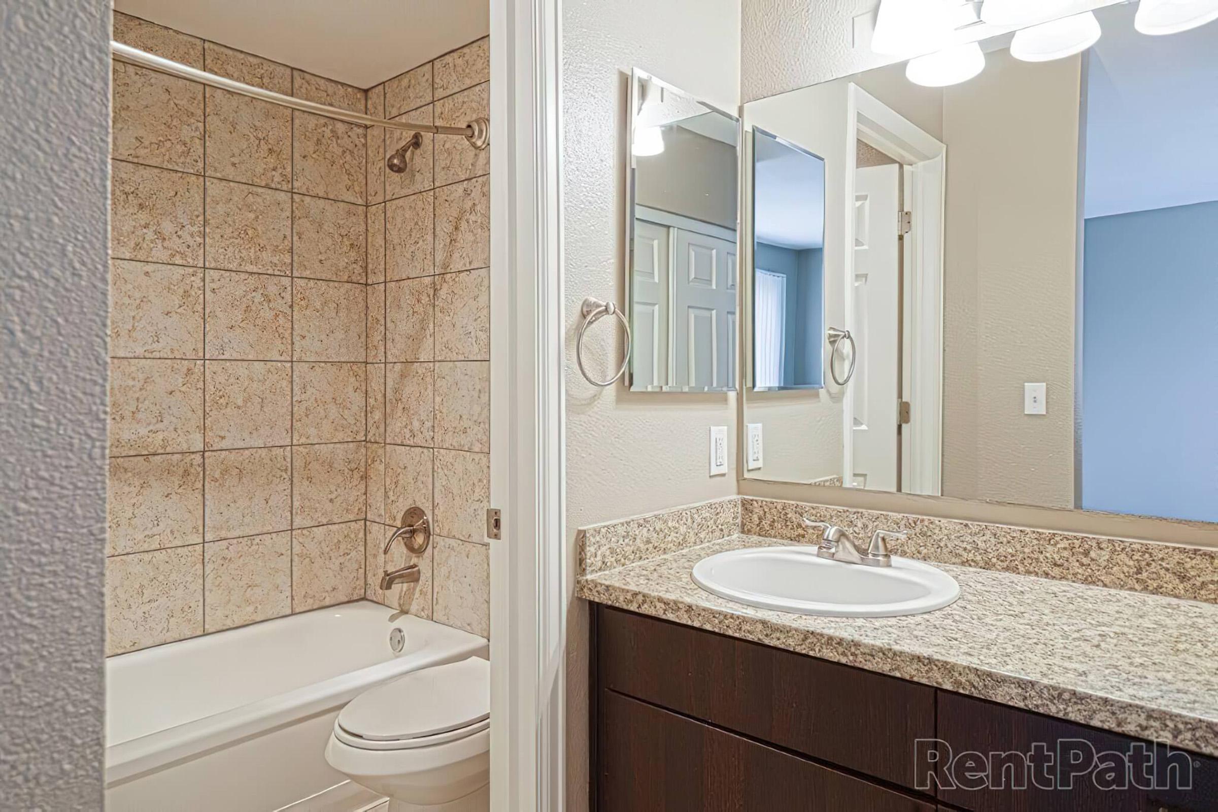 2x2 TH master bathroom.jpg