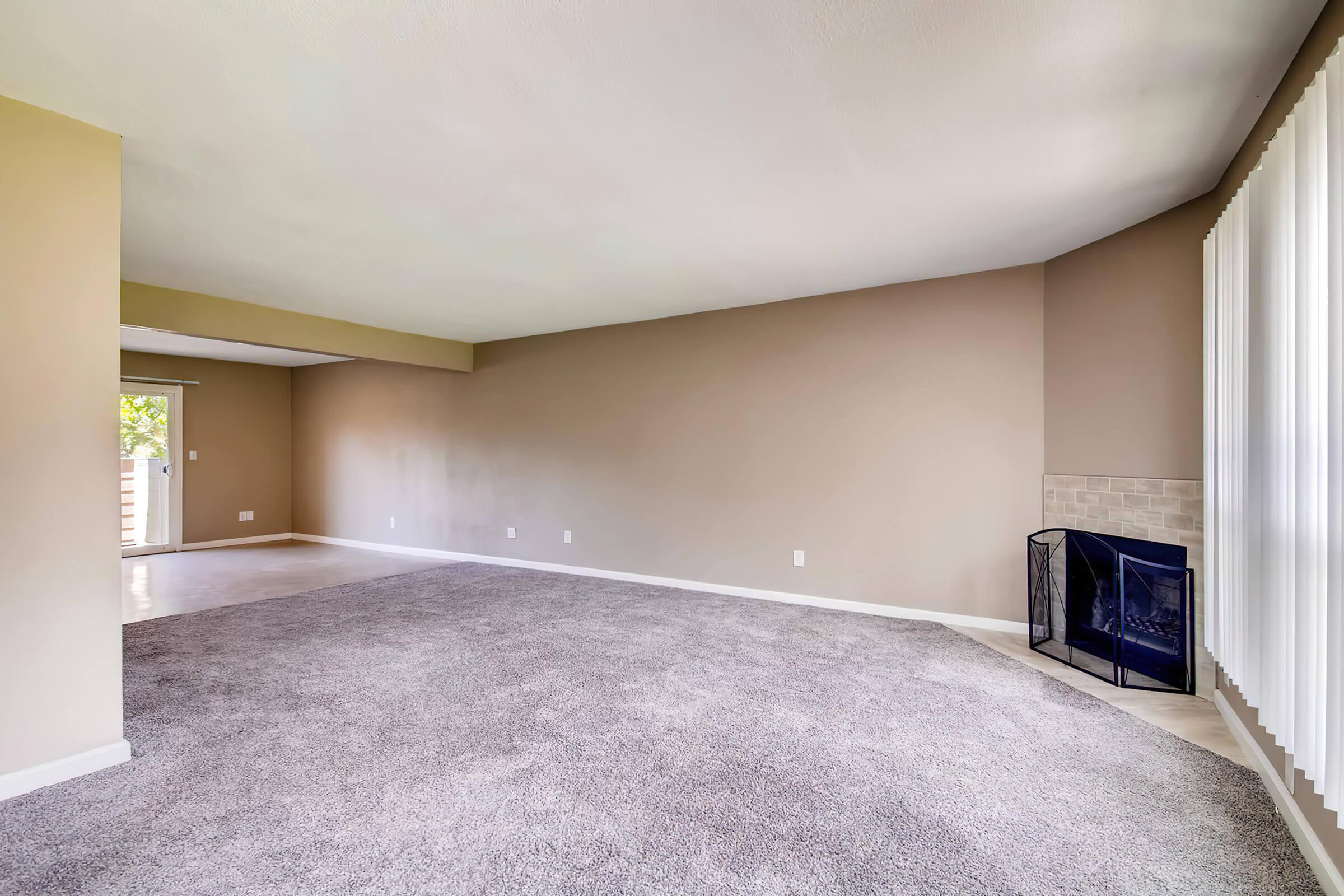 1801 E Girard Pl Unit 157-large-004-1-Living Room-1500x1000-72dpi.jpg