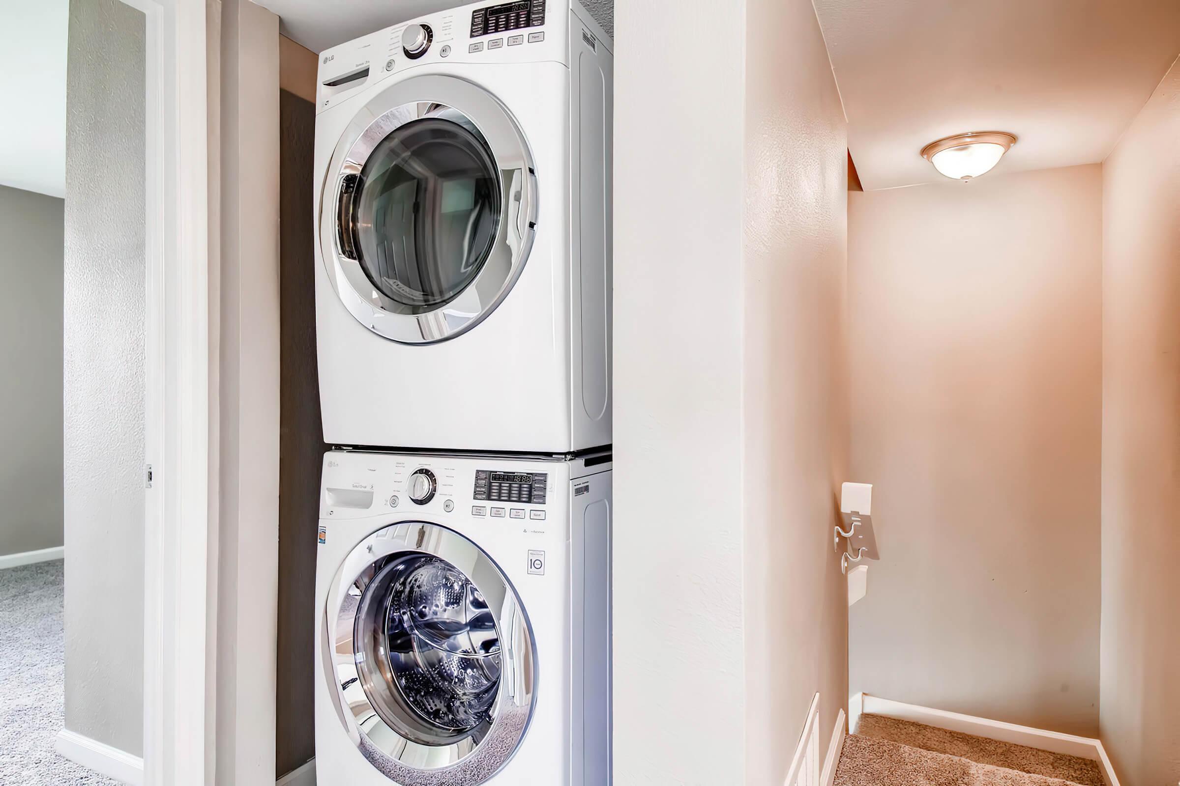 1801 E Girard Pl Unit 157-large-020-7-2nd Floor Laundry Room-1500x1000-72dpi.jpg