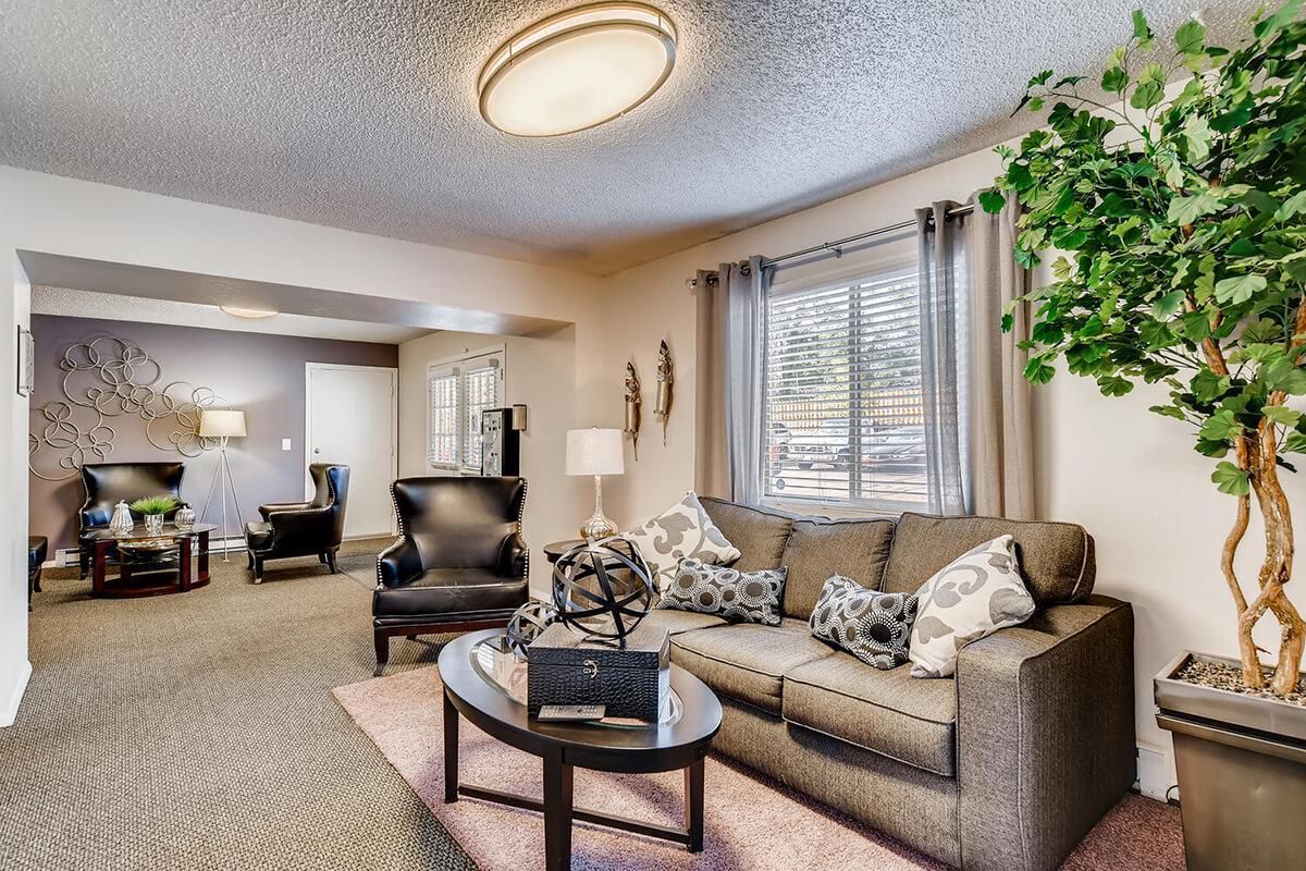 resident lounge.jpg