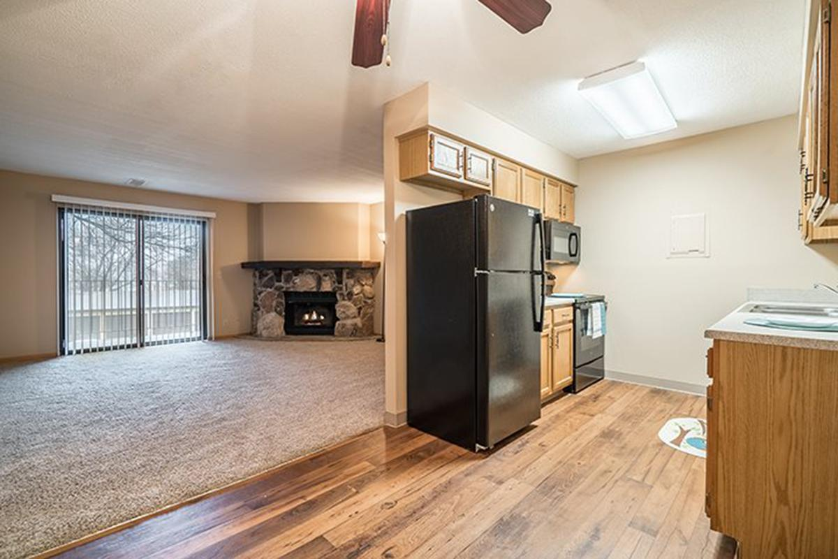 Interiors- Large floor plans with lots of open space at Oakwood Trail Apartments in Omaha Nebraska.jpg