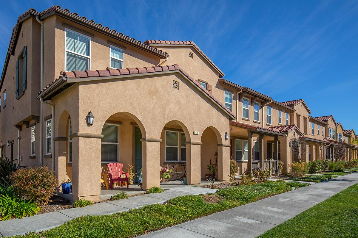 The Vines at Riverpark Townhomes community