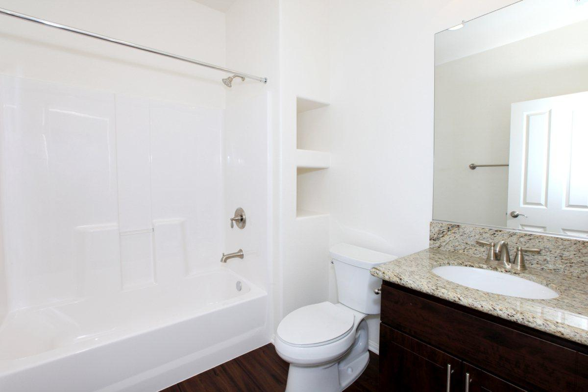 Modern Bathrooms at The Vines at Riverpark