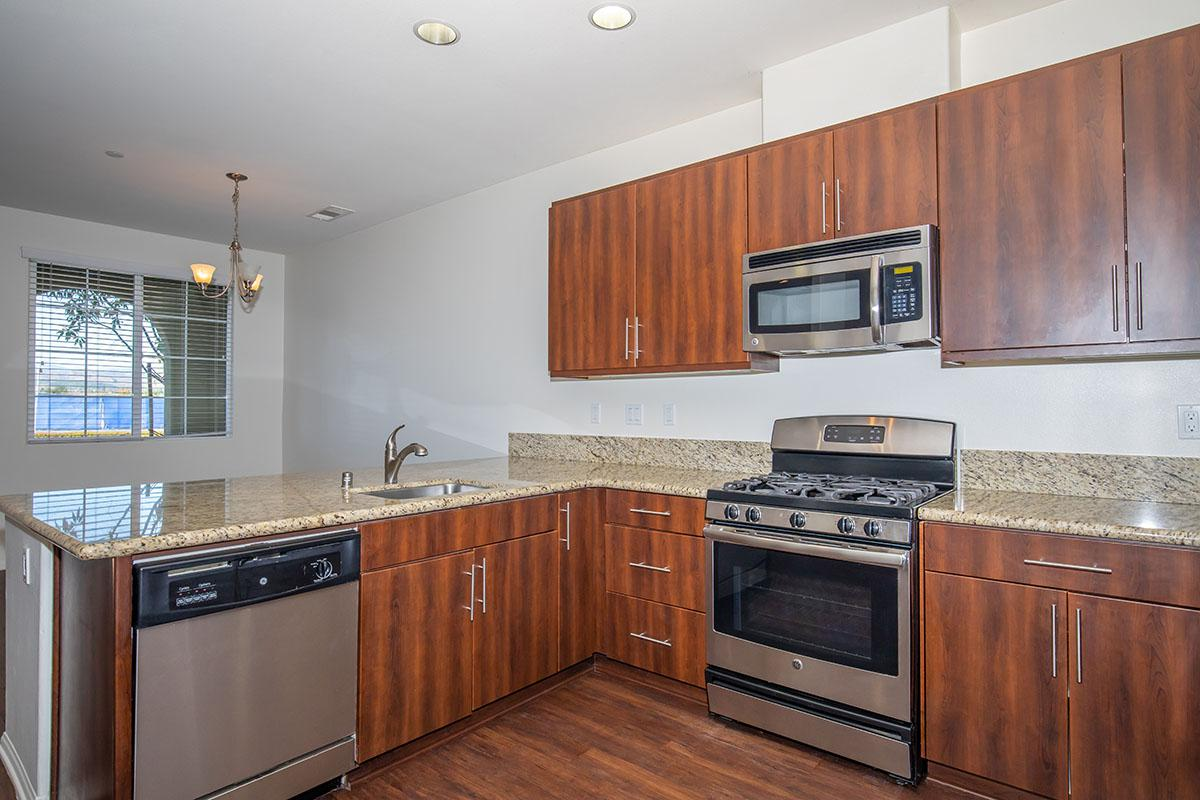 Fully-equipped Kitchen with spacious countertops and