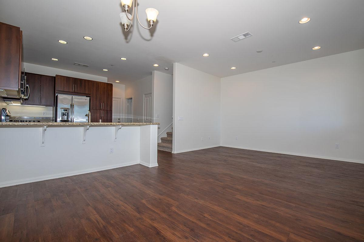 Living room and kitchen area with spacious breakfast bar
