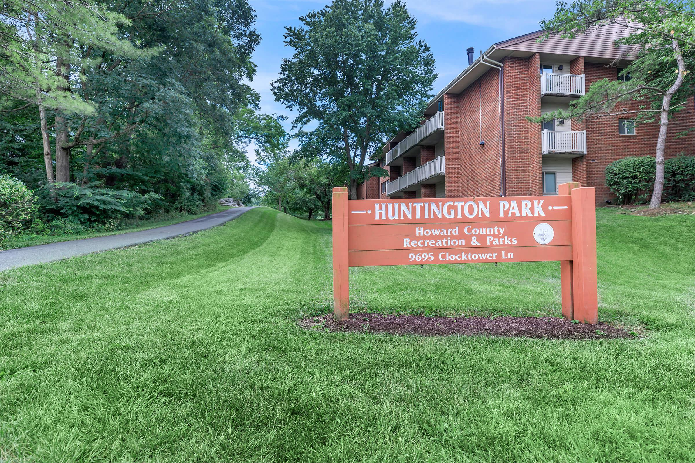 Landscaping at Huntington Square Apartments in Columbia, MD