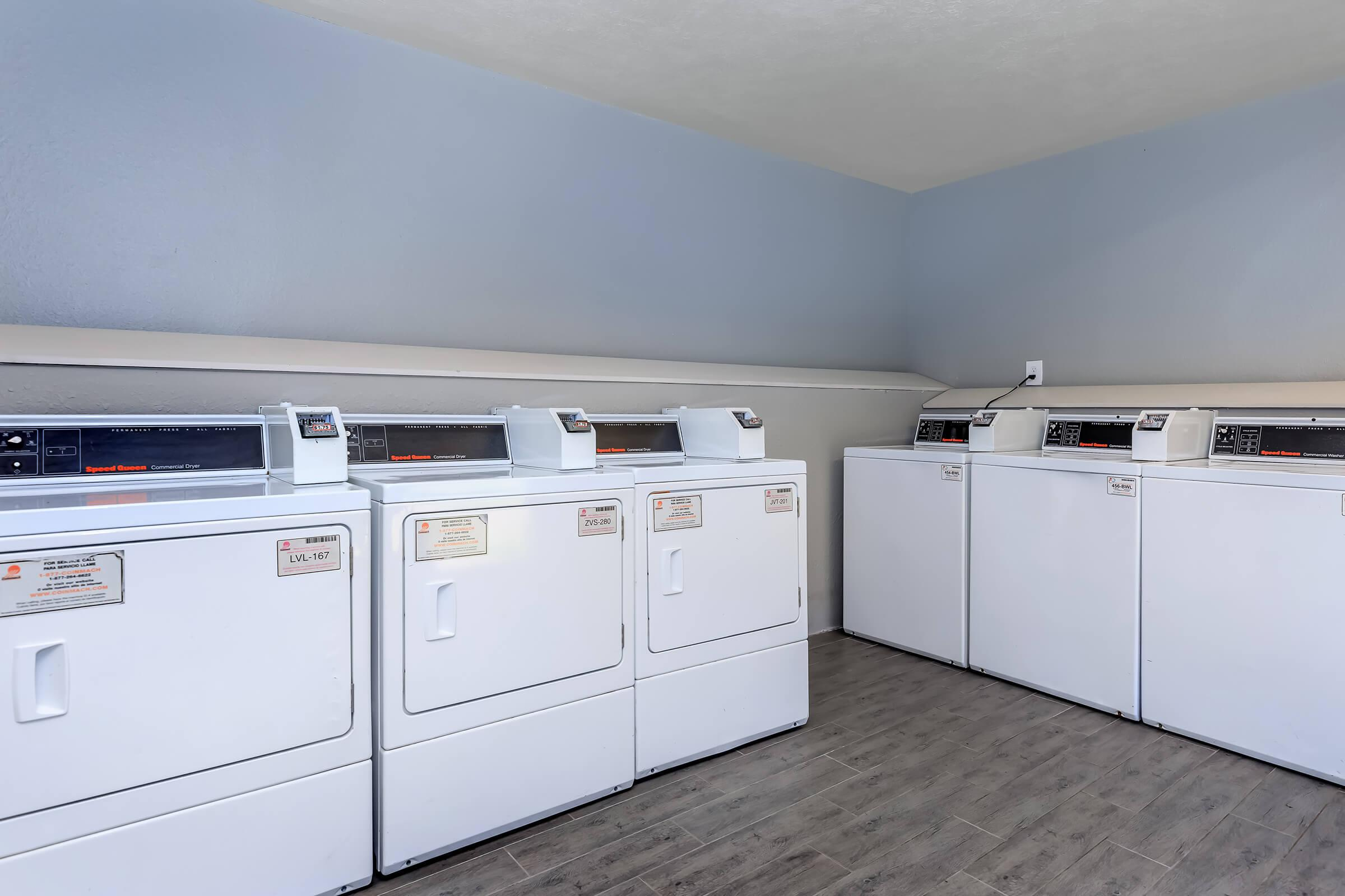 EFFORTLESS LAUNDRY FACILITY