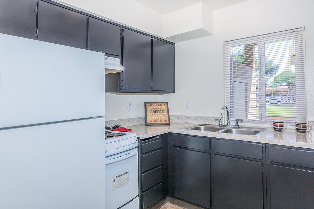 Pinewood Crossings has spacious kitchens