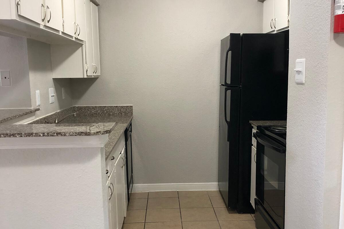 MICROWAVE AND DISHWASHER INCLUDED