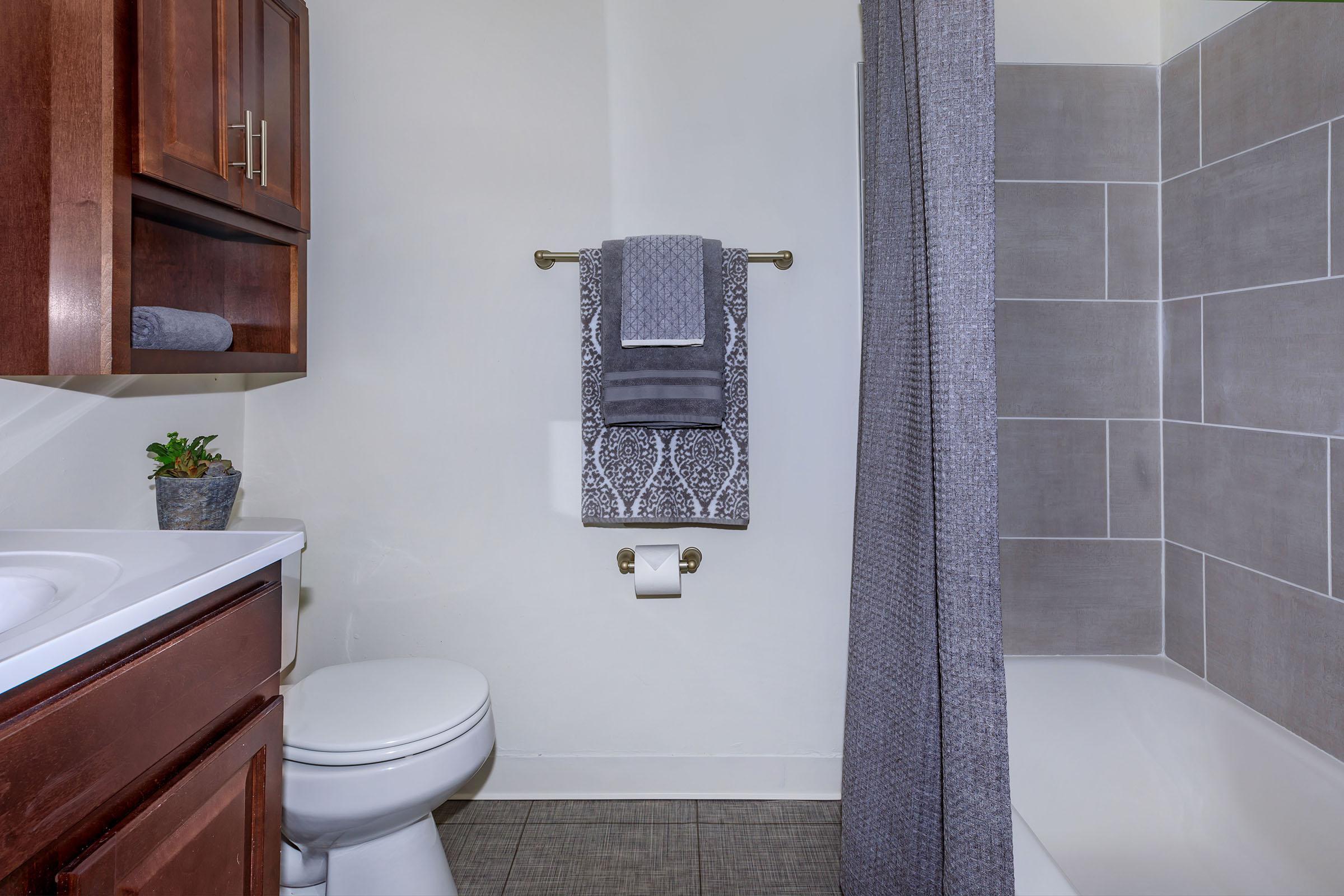 0O7A5356-Bath1.jpg