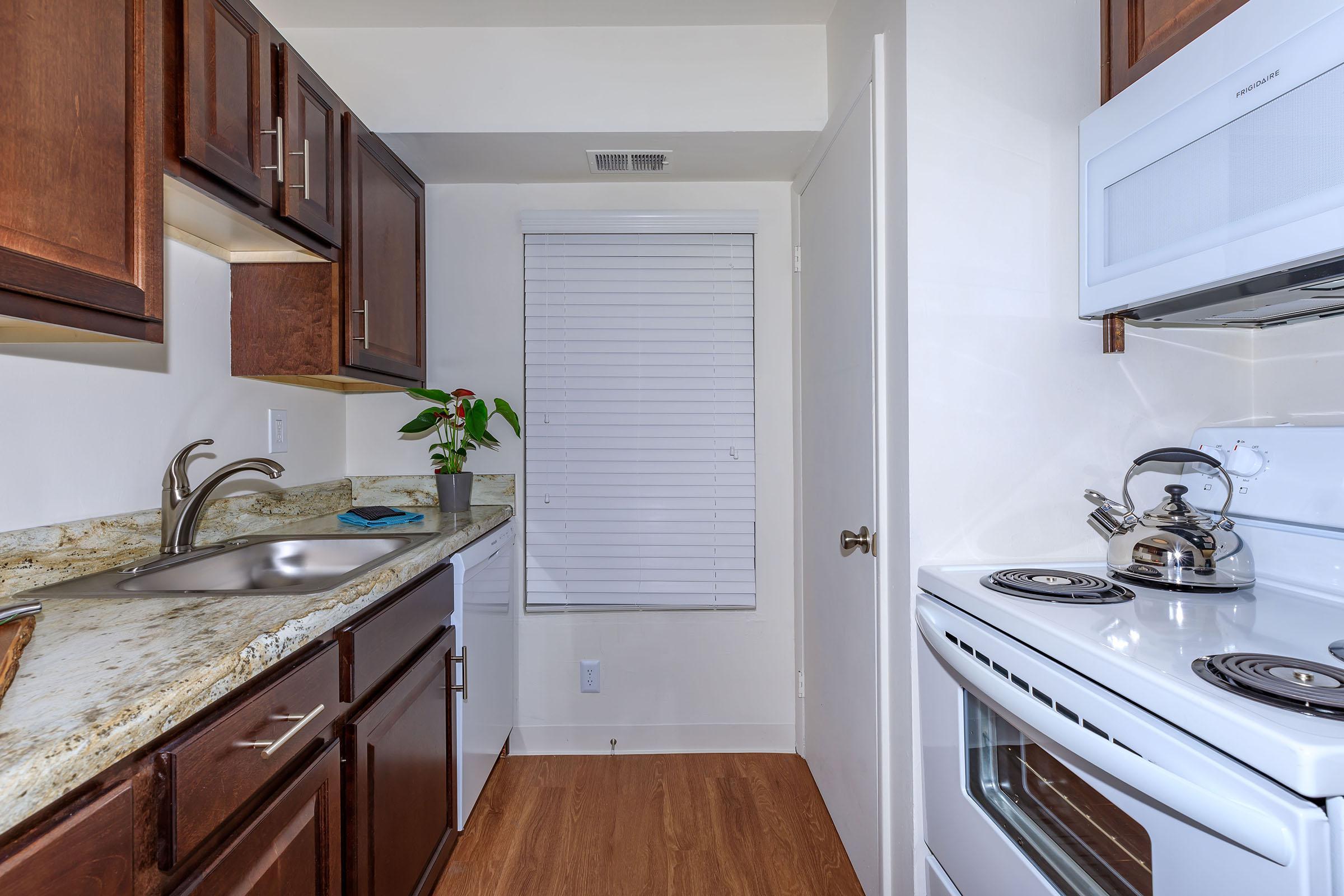 0O7A5374-Kitchen4.jpg