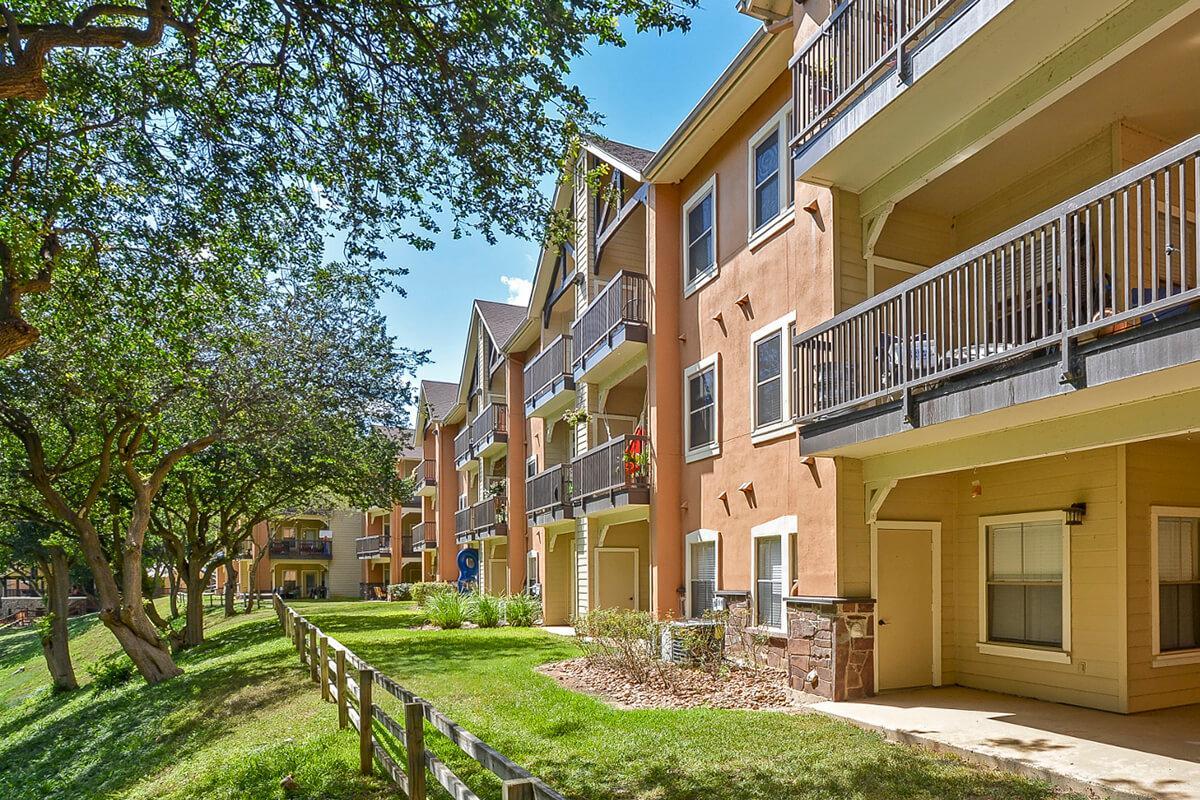 Westshore Colony Apartments in New Braunfels, TX - Exterior 22.jpg