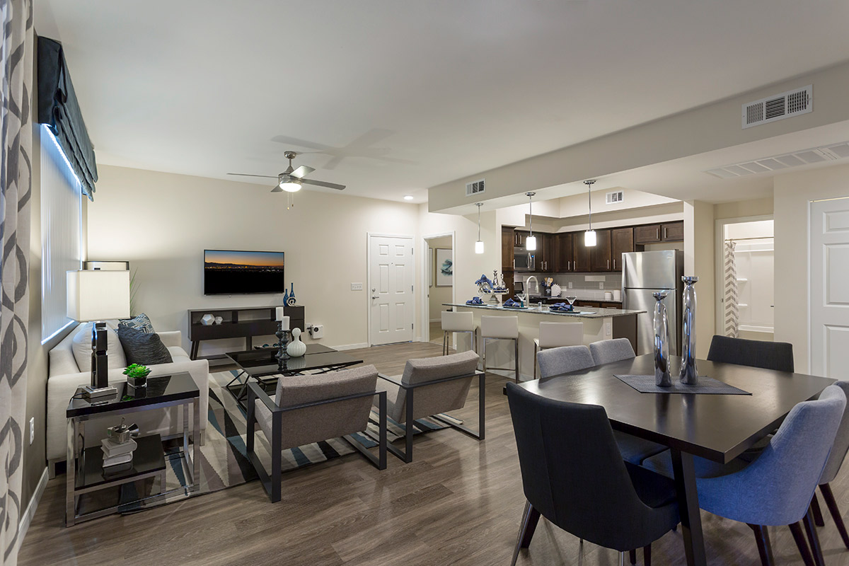 Horizon Ridge Park Luxury Apartments