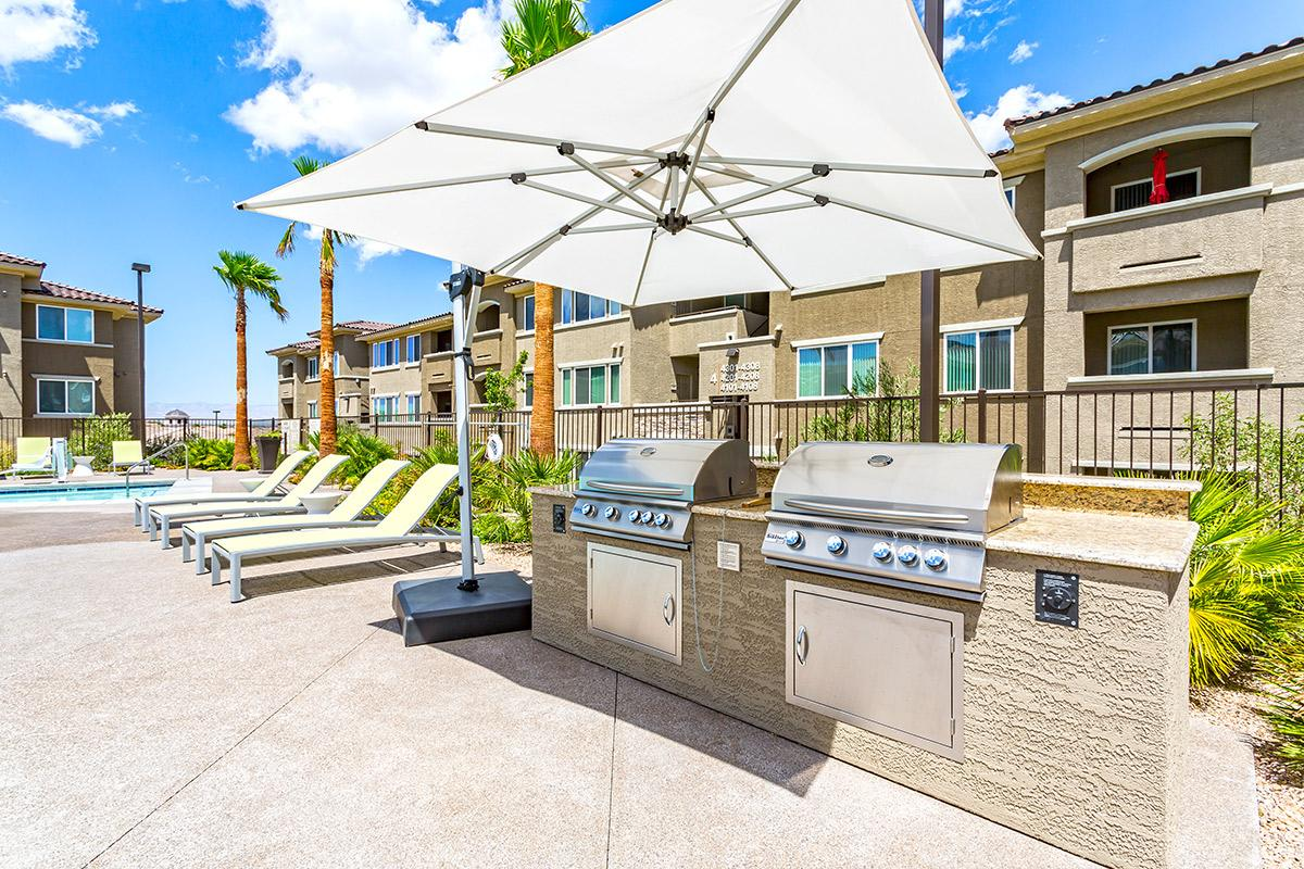 Barbecue area at The View at Horizon Ridge in Henderson, Nevada